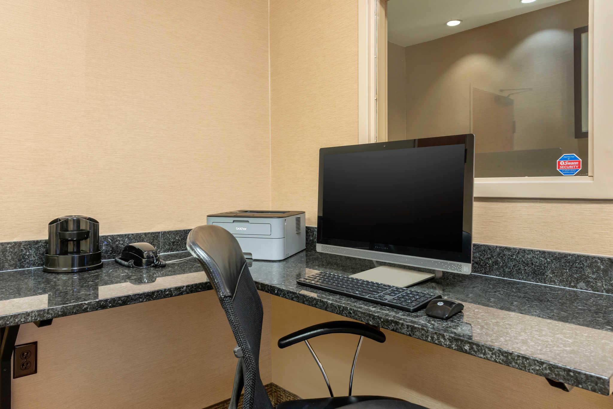 Comfort Inn DFW Airport North image 41