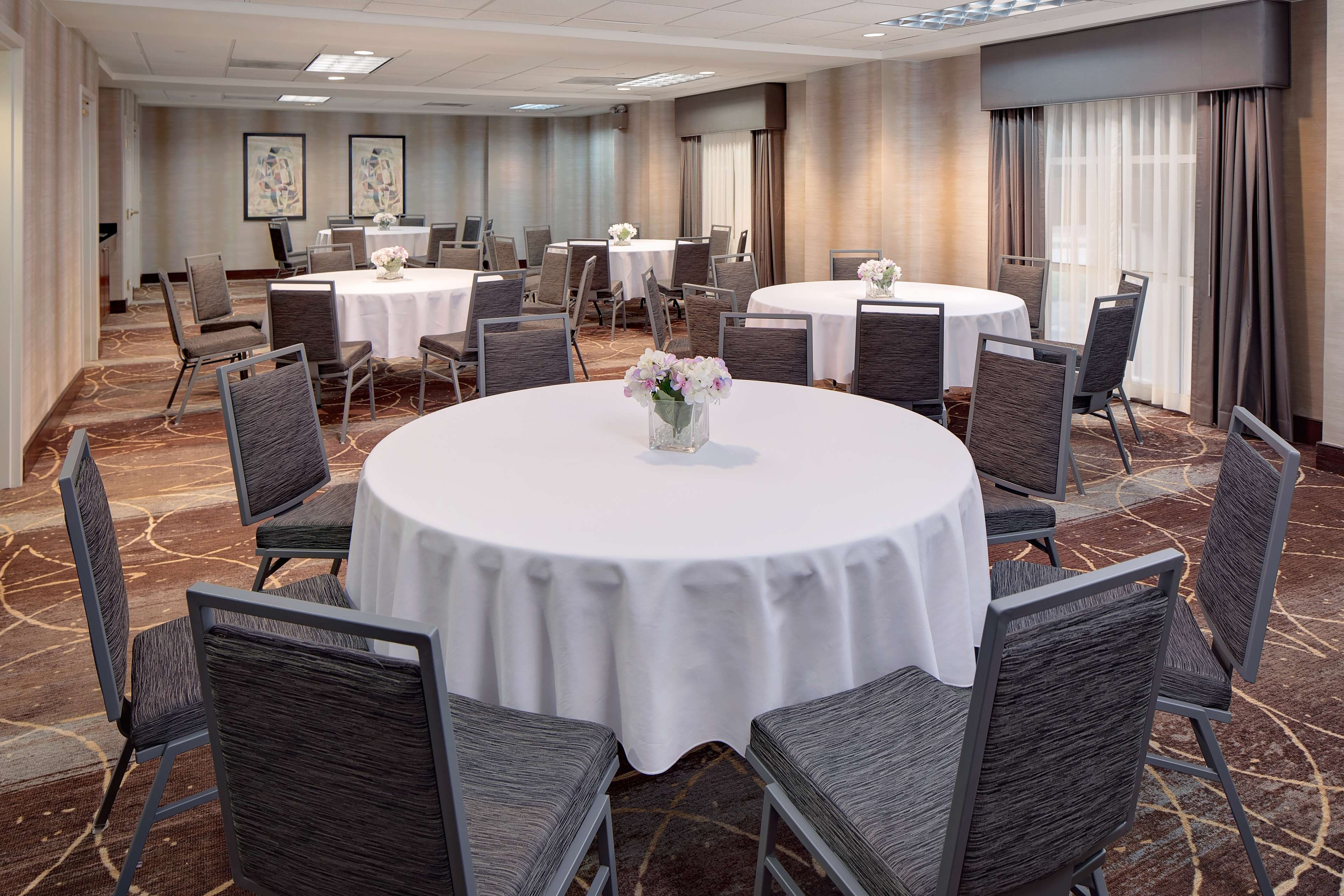 Homewood Suites by Hilton Minneapolis-Mall Of America image 4