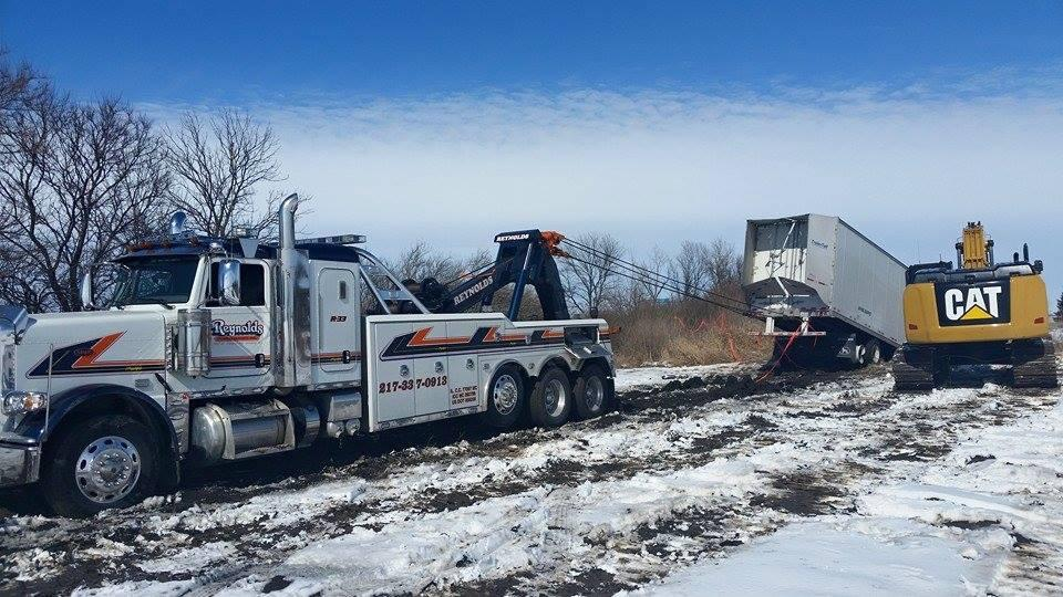 Reynolds Towing Service image 2