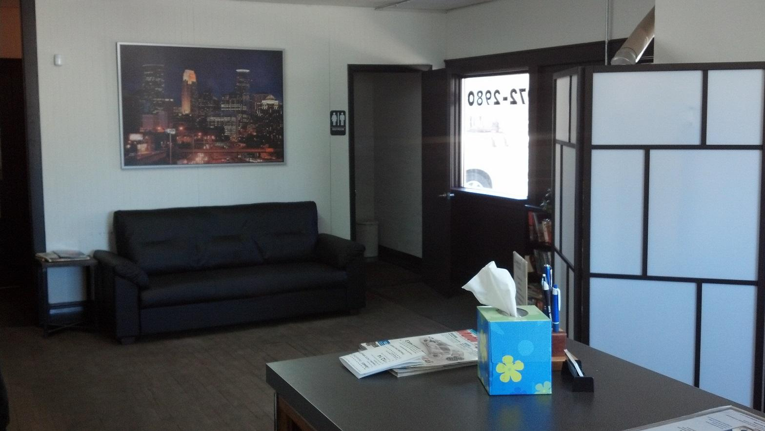 Comfortable waiting area while we service your vehicle.