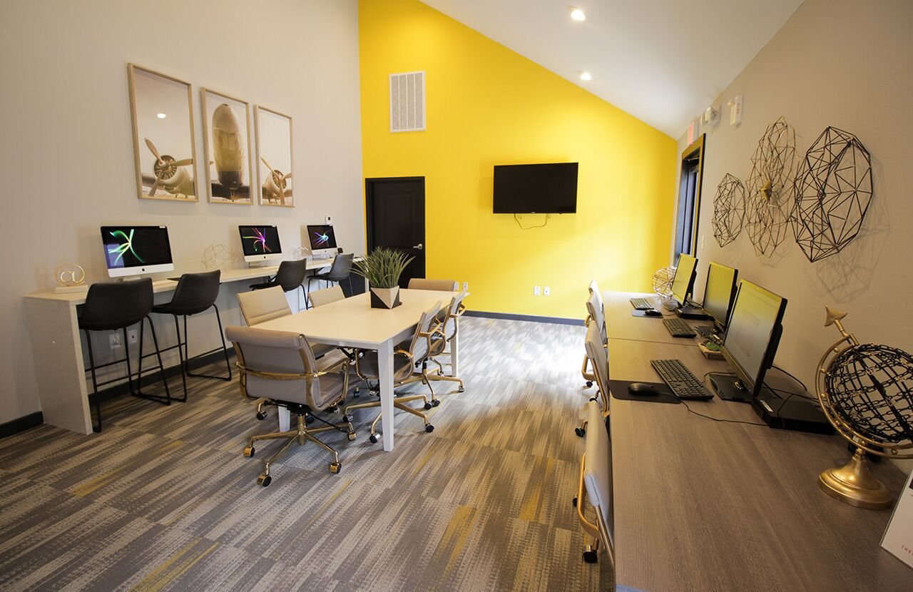 The Hub at Baton Rouge Apartment Homes image 26