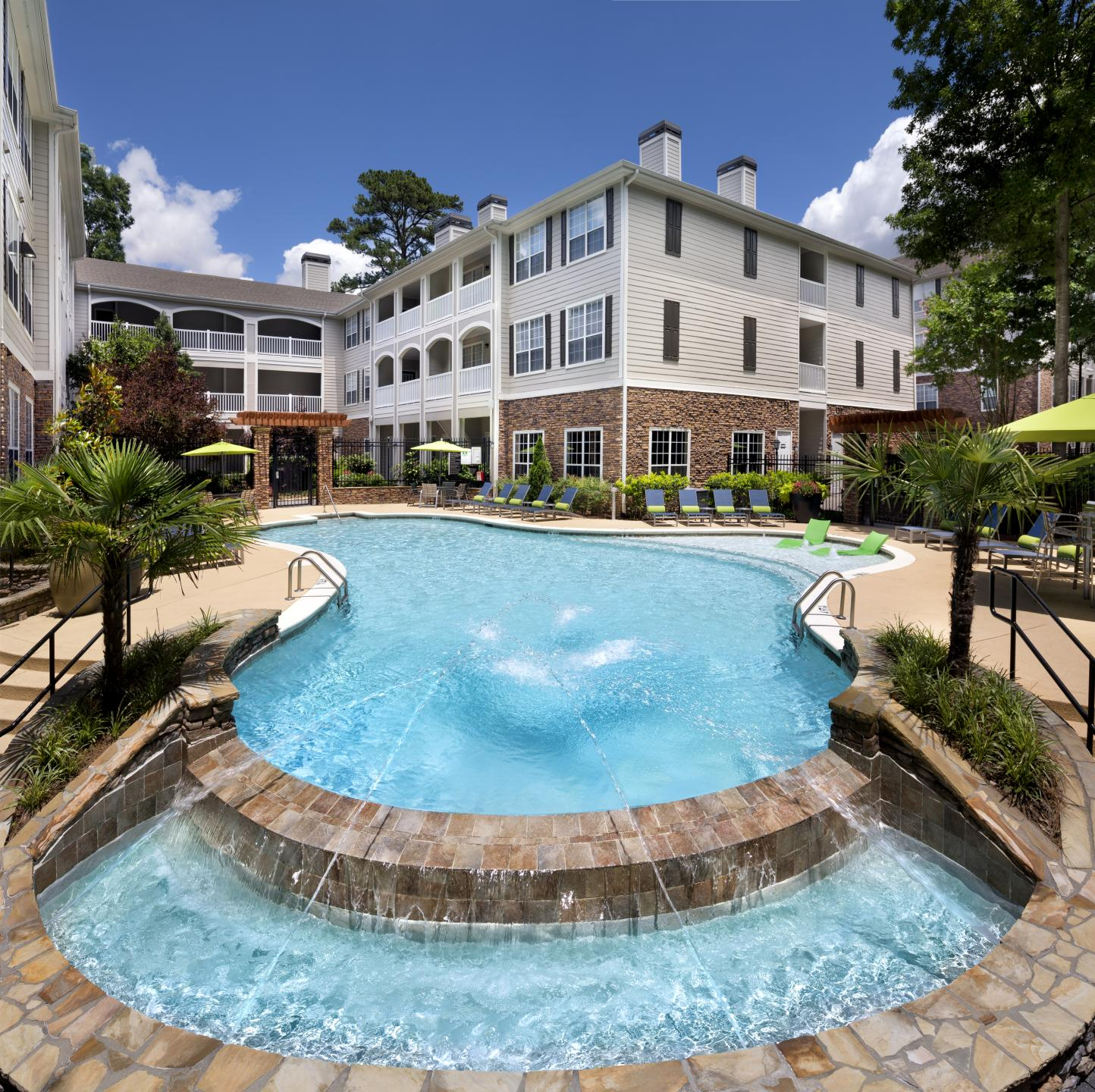 Camden Creekstone Apartments image 10