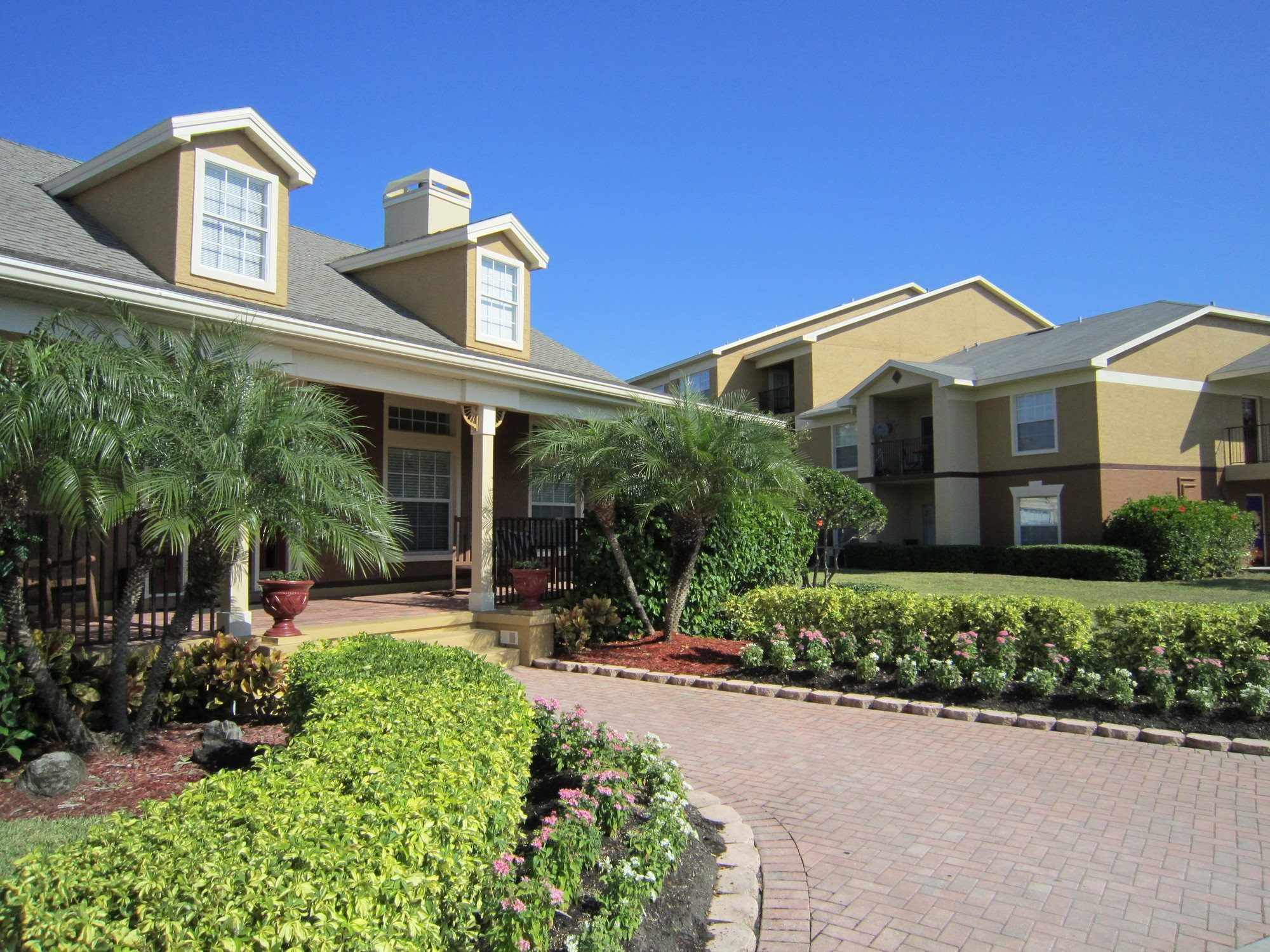 Plantation Gardens Apartments