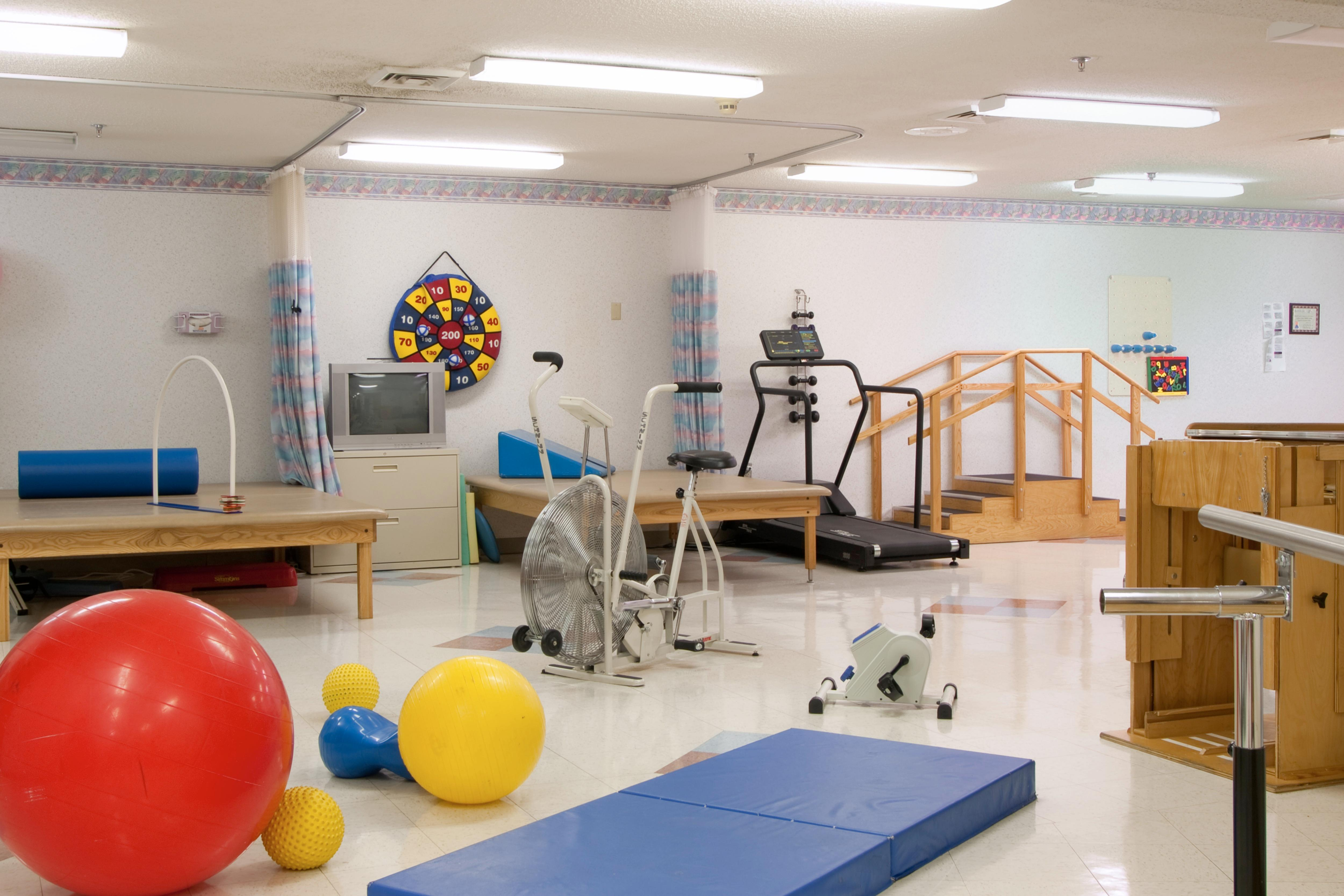 Creekside Village therapy gym.