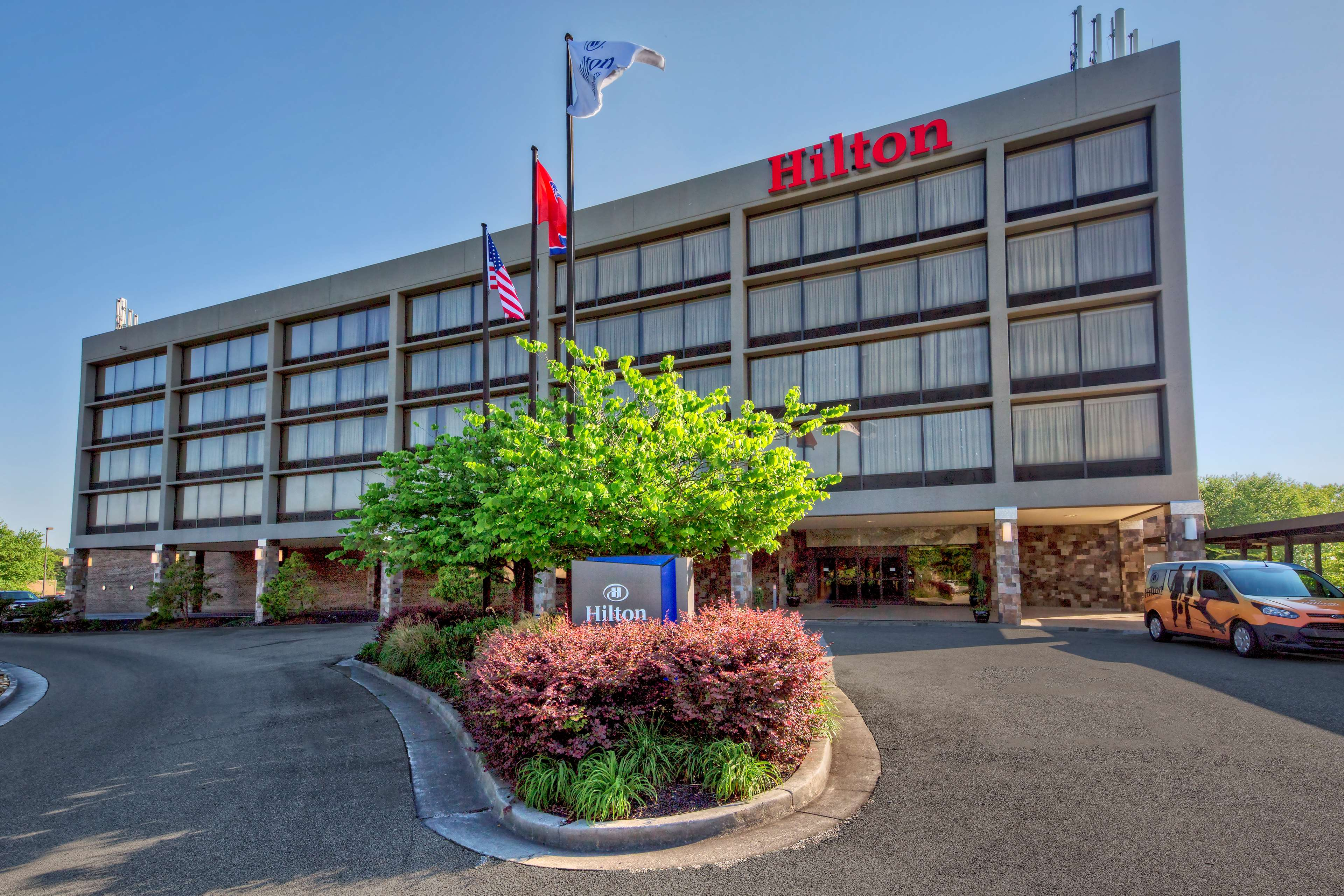 Hilton Knoxville Airport image 0