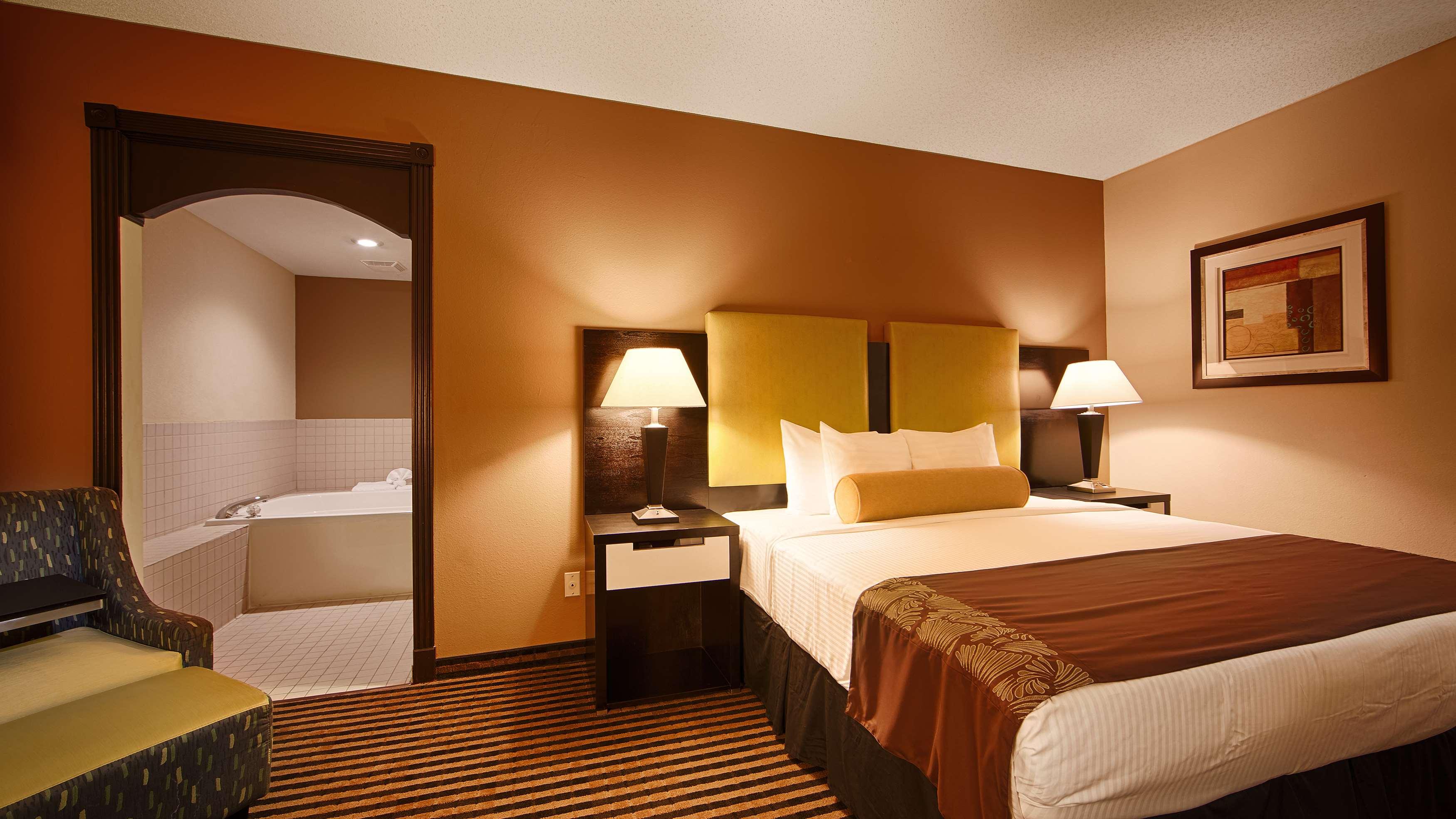 Best Western Plus Searcy Inn image 11