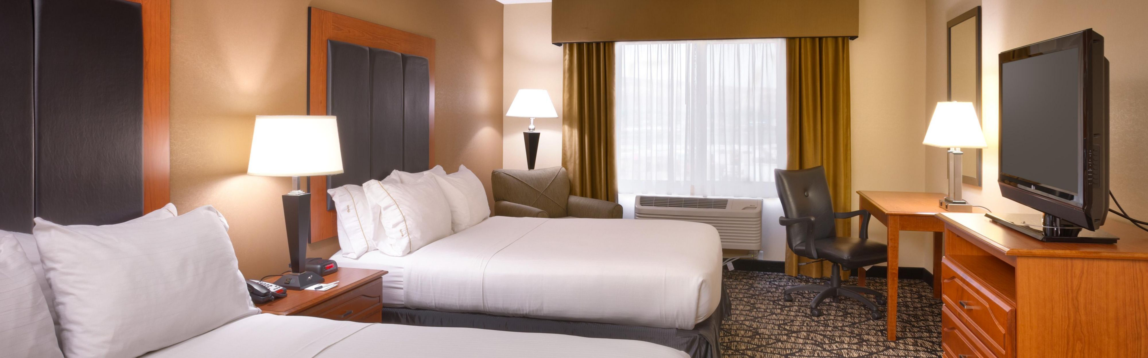Holiday Inn Express & Suites Grand Junction image 1