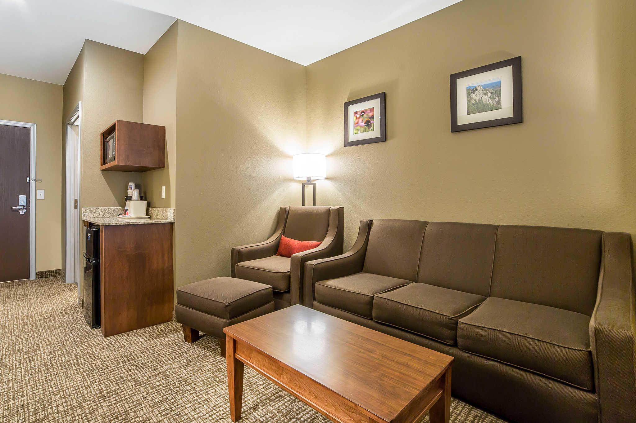 Comfort Inn & Suites Near Mt. Rushmore image 20