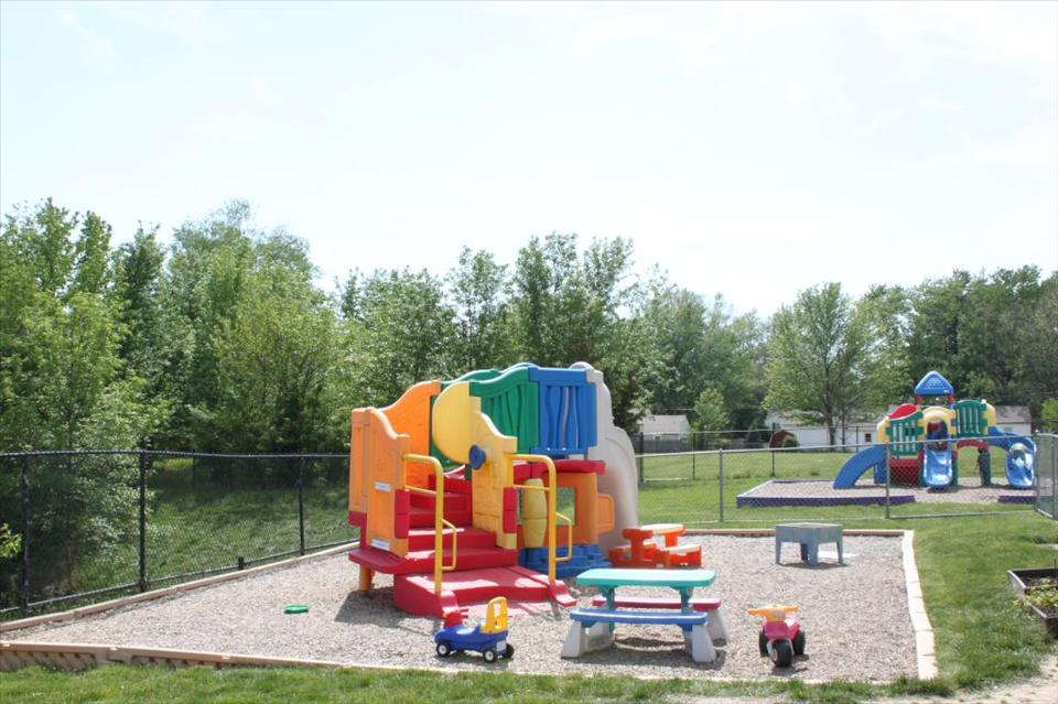 Center Grove KinderCare image 18