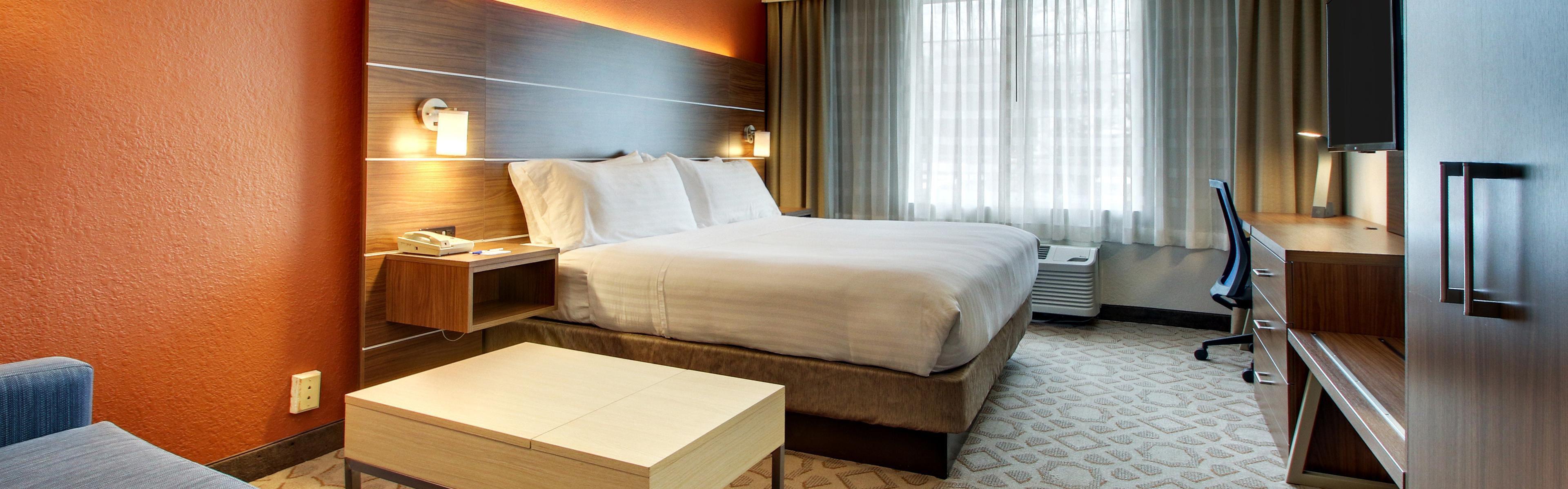 Holiday Inn Express Poughkeepsie image 1