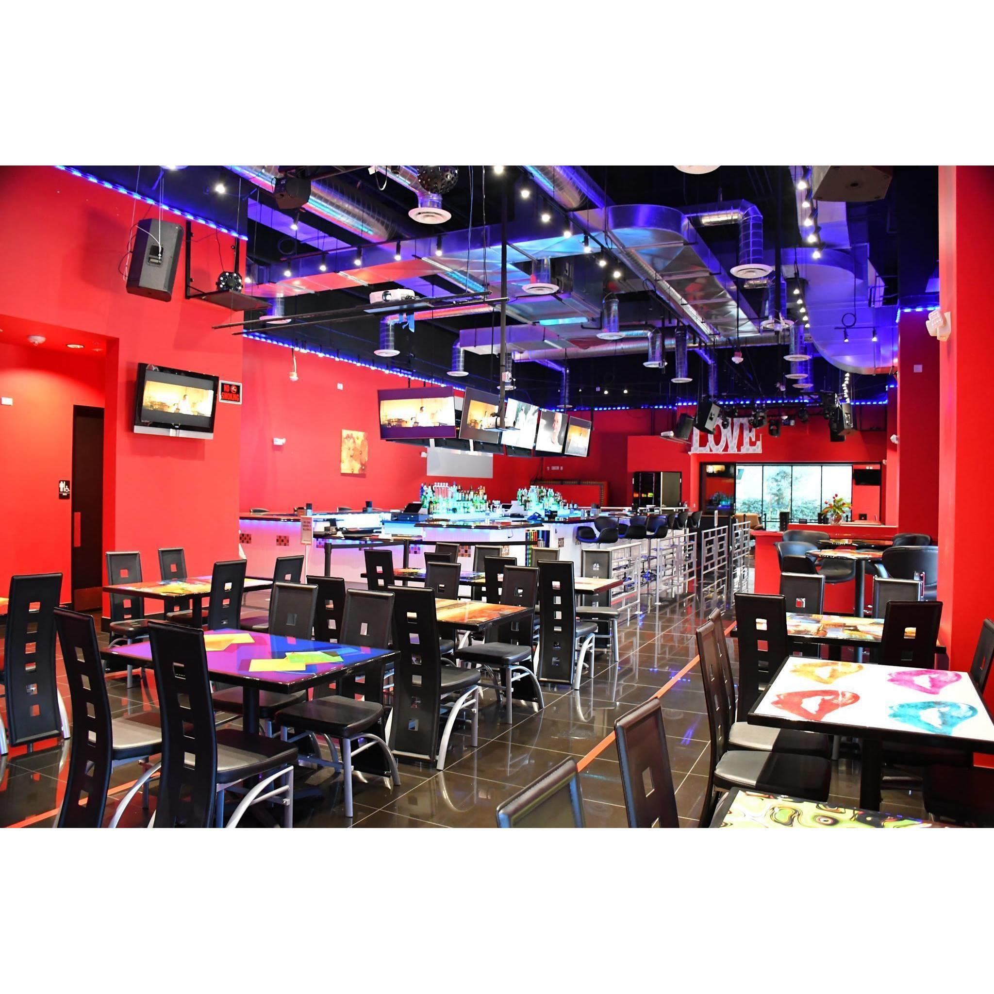 Conga Night Bar  and  Grill