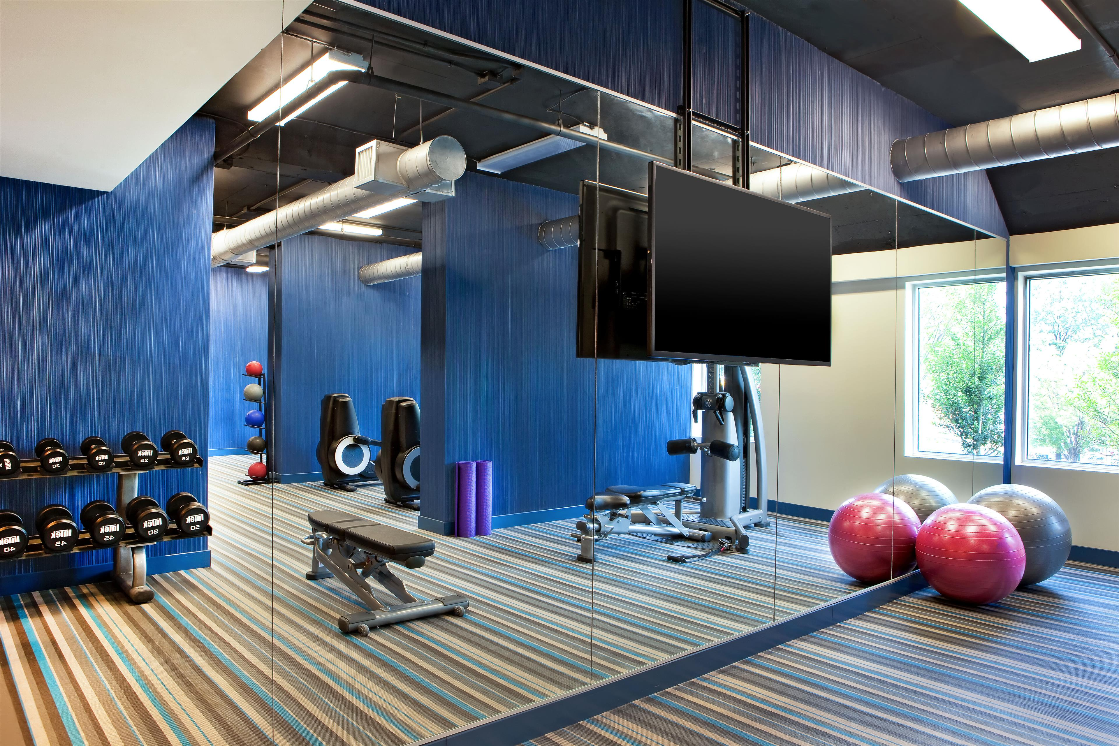re:charge your energy at the Aloft Atlanta Downtown