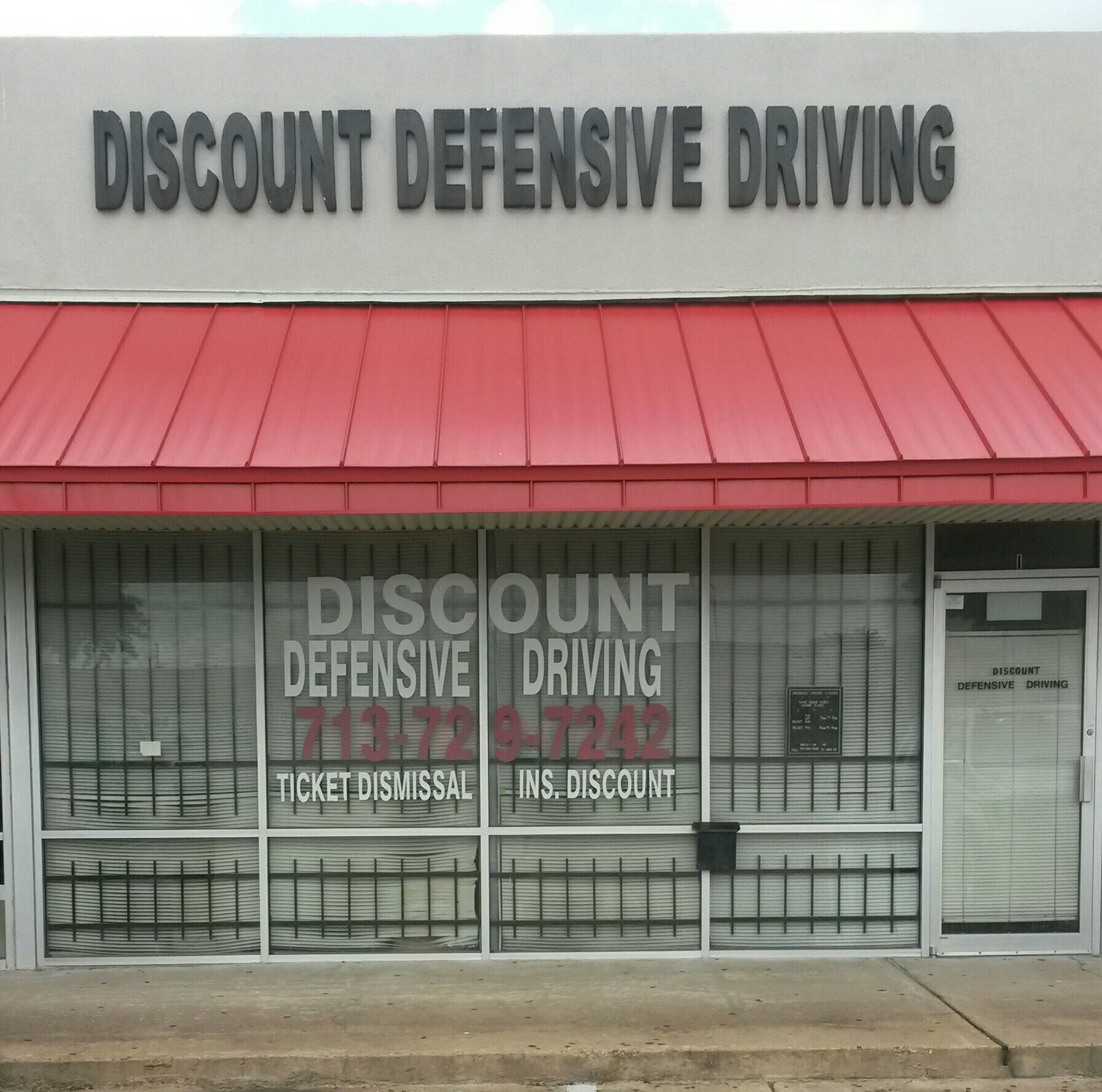 Discount Defensive Driving image 0