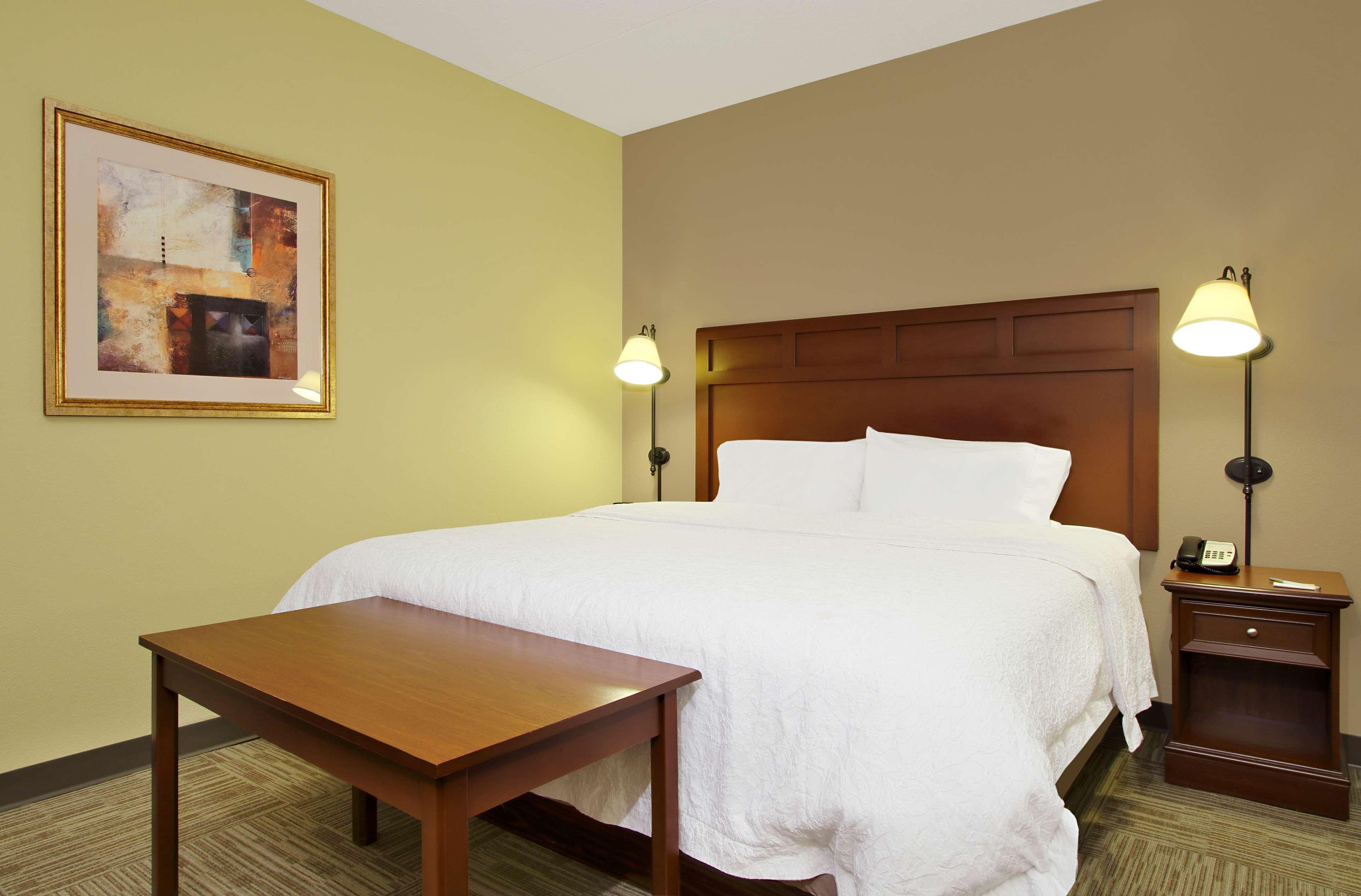 Hampton Inn & Suites Murray image 17