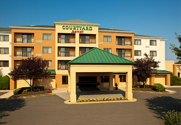 Courtyard by Marriott Cranbury South Brunswick image 0