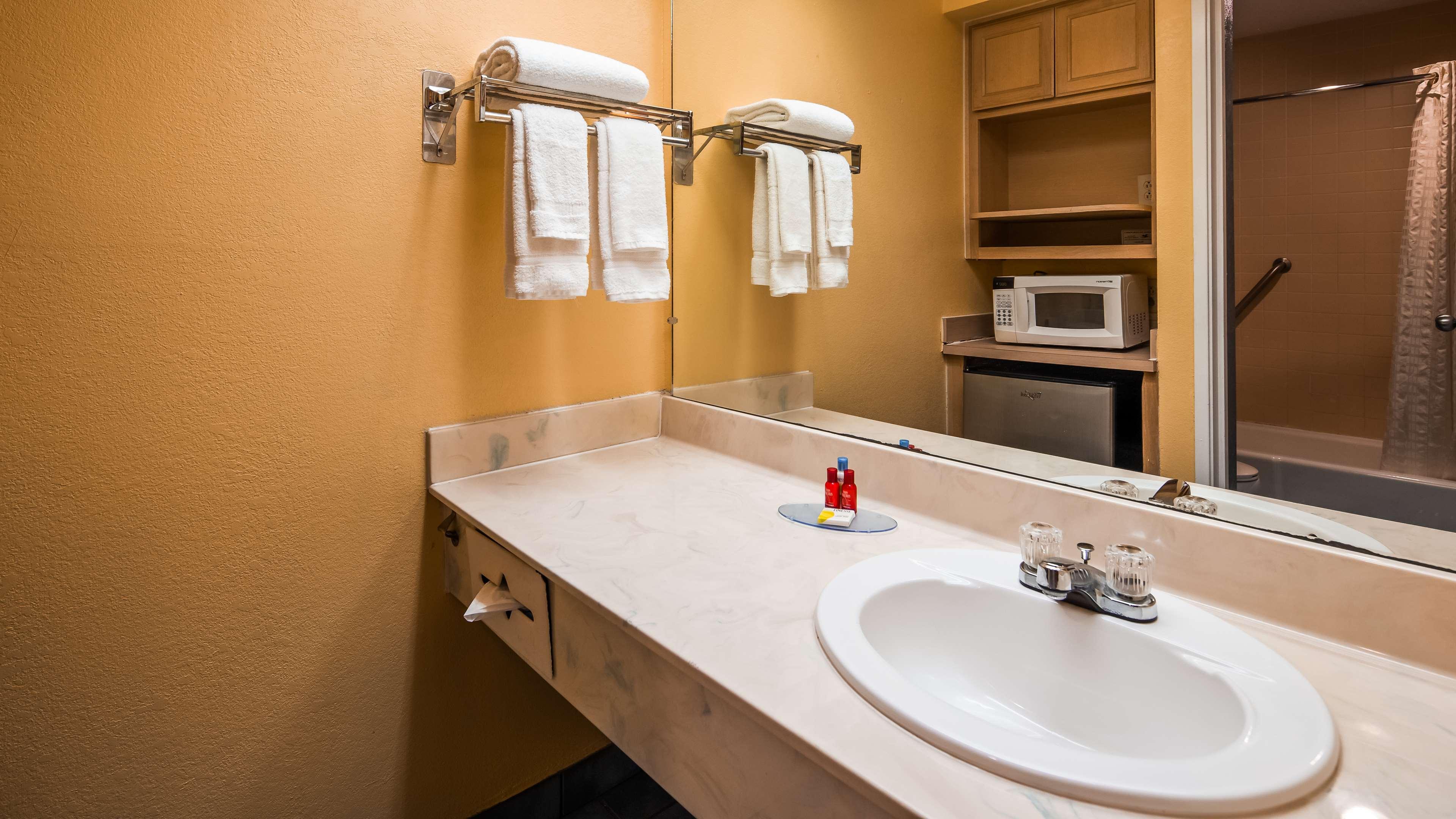 SureStay Plus Hotel by Best Western Fayetteville image 16