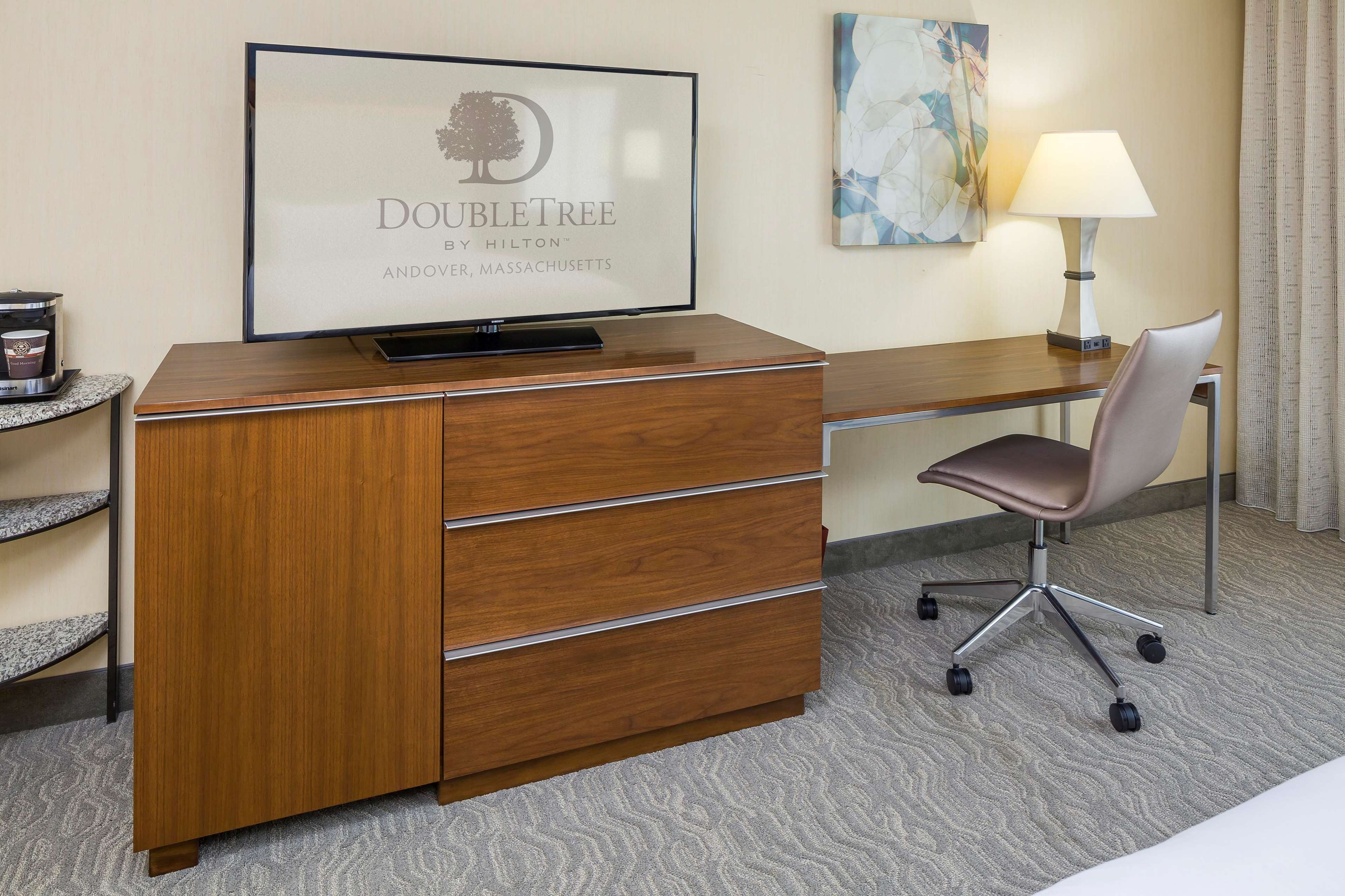 DoubleTree by Hilton Boston - Andover image 40
