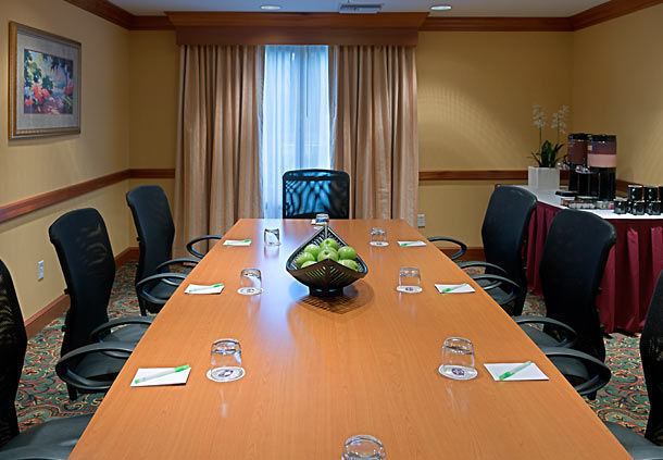 SpringHill Suites Tampa Westshore Airport image 9