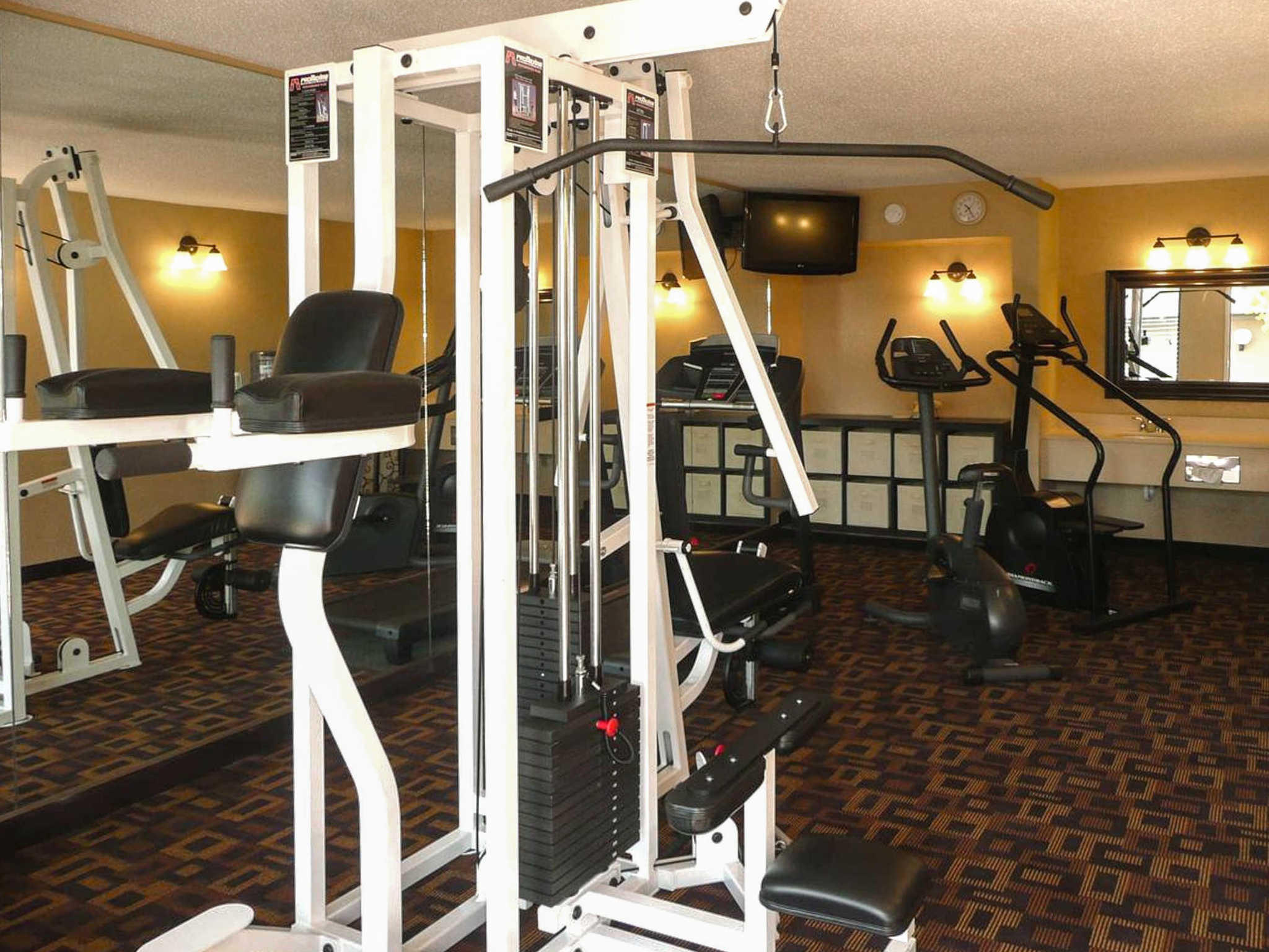 Quality Inn & Suites Lawrence - University Area image 26