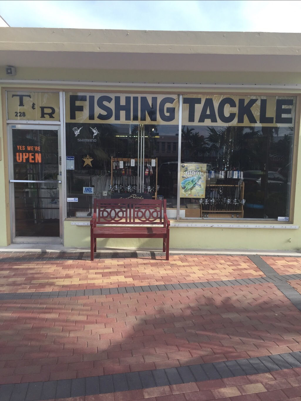 T And R Tackle Shop image 20