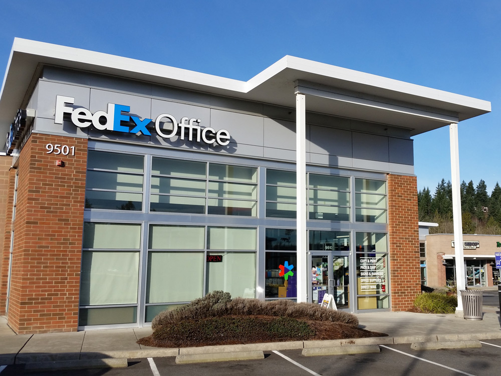 FedEx Office Print & Ship Center image 7