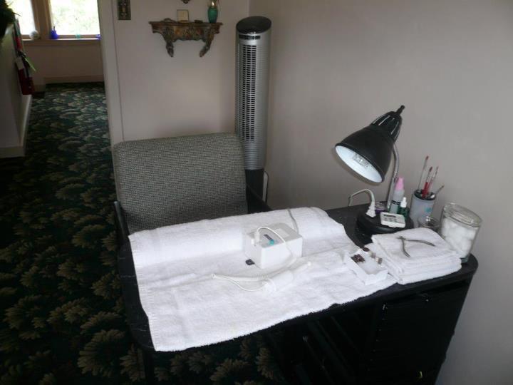 Victoria's Full Service Salon image 3