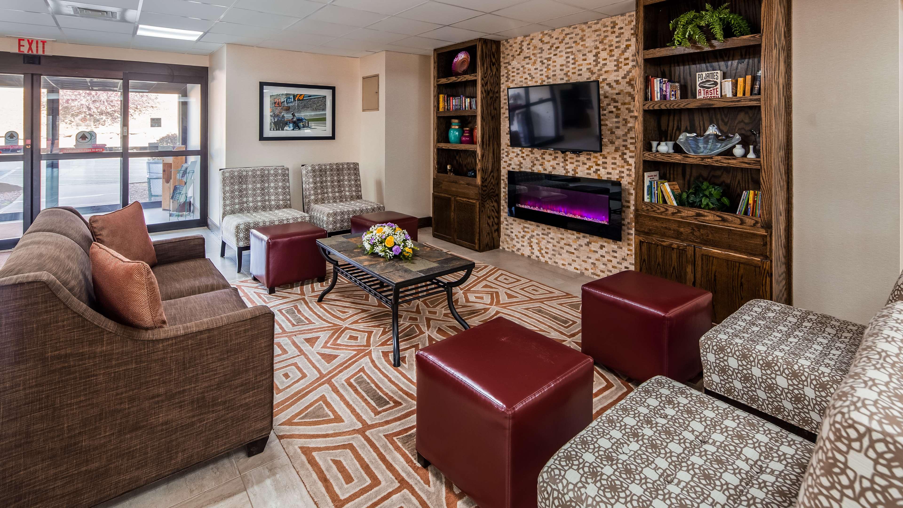 Best Western Inn at Blakeslee-Pocono image 3