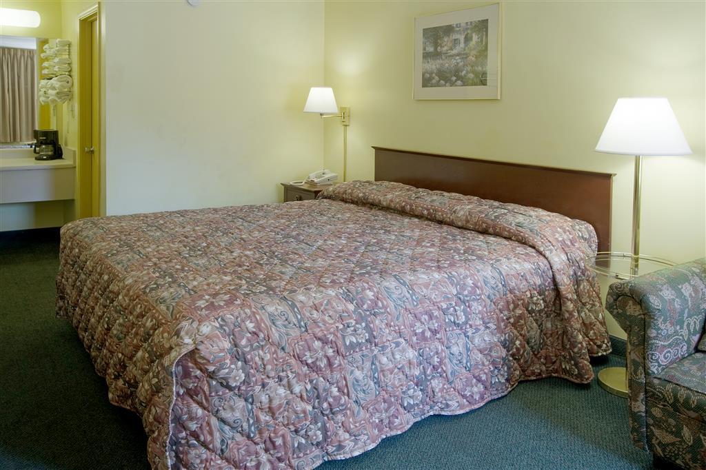 Americas Best Value Inn - Tuscaloosa image 4