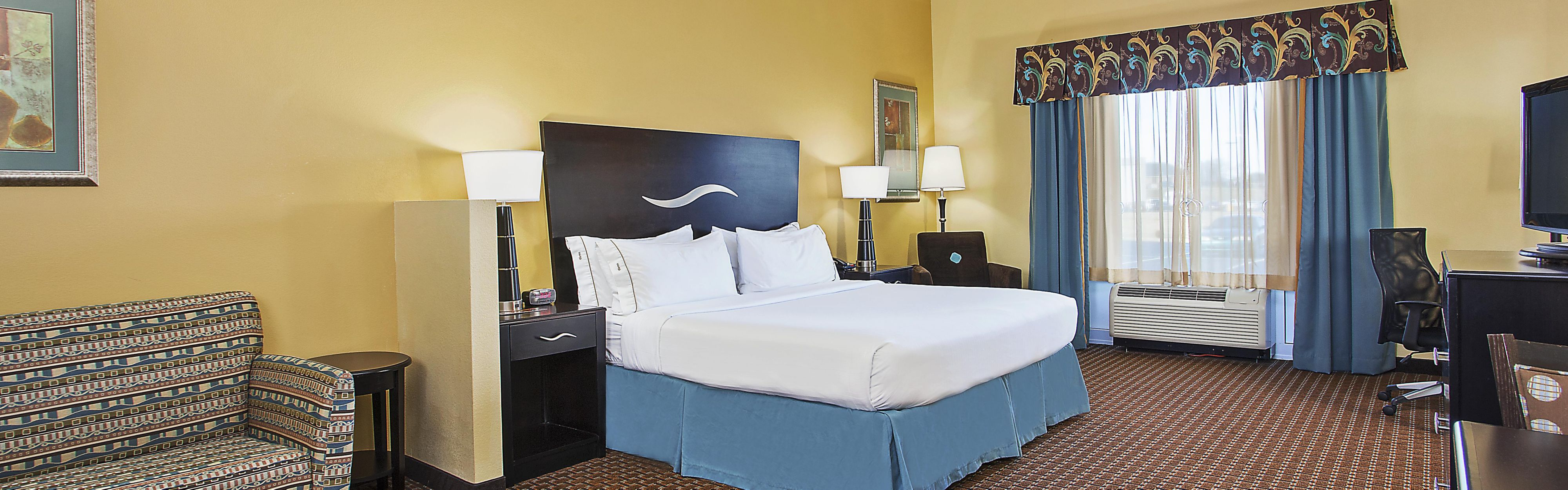 Holiday Inn Express & Suites Somerset Central image 1