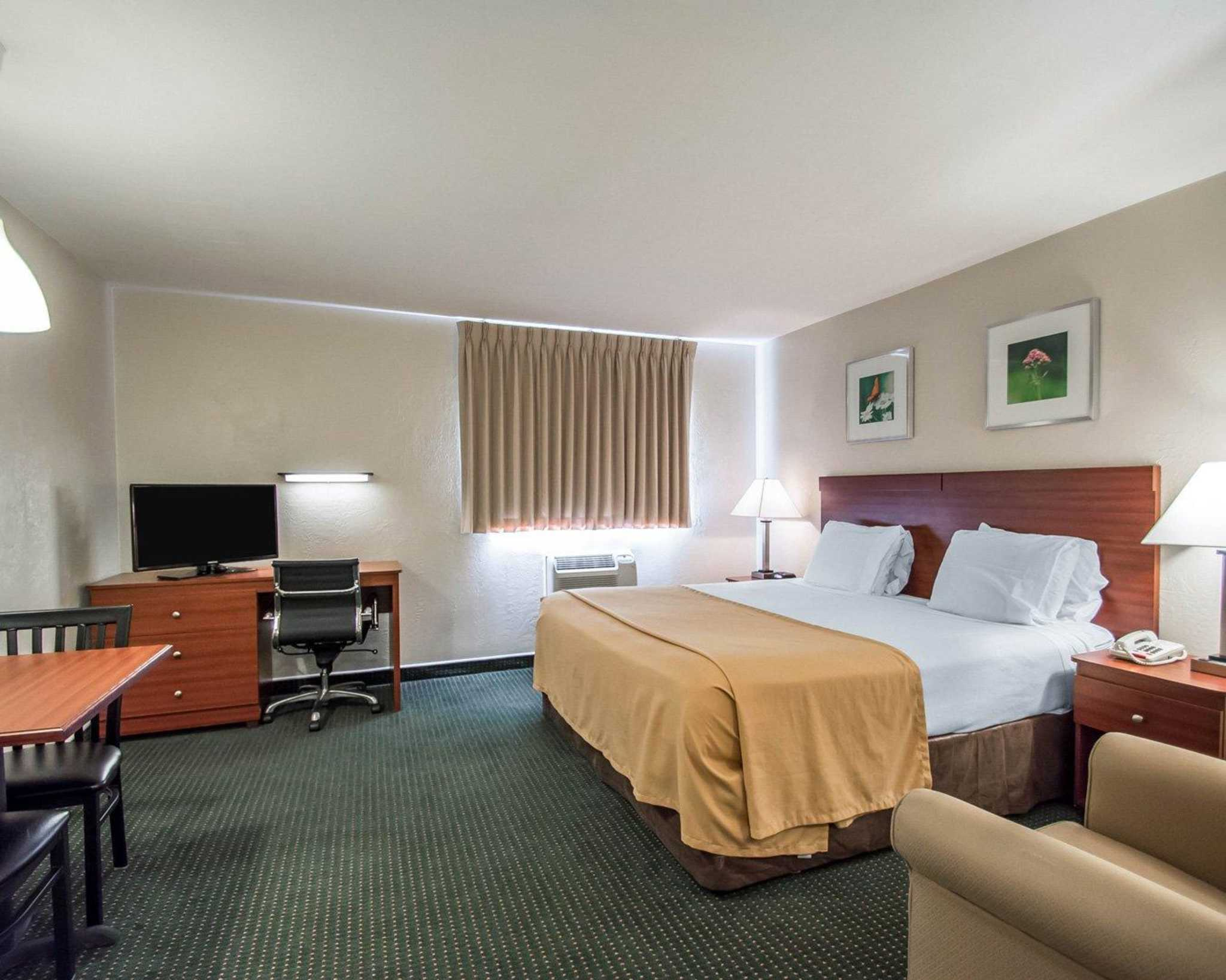 Suburban Extended Stay Hotel image 13