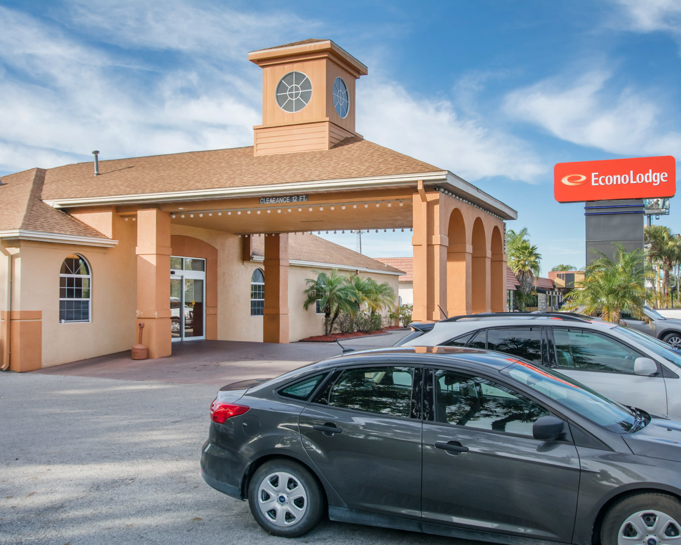 Econo Lodge Airport At Rj Stadium In Tampa  Fl