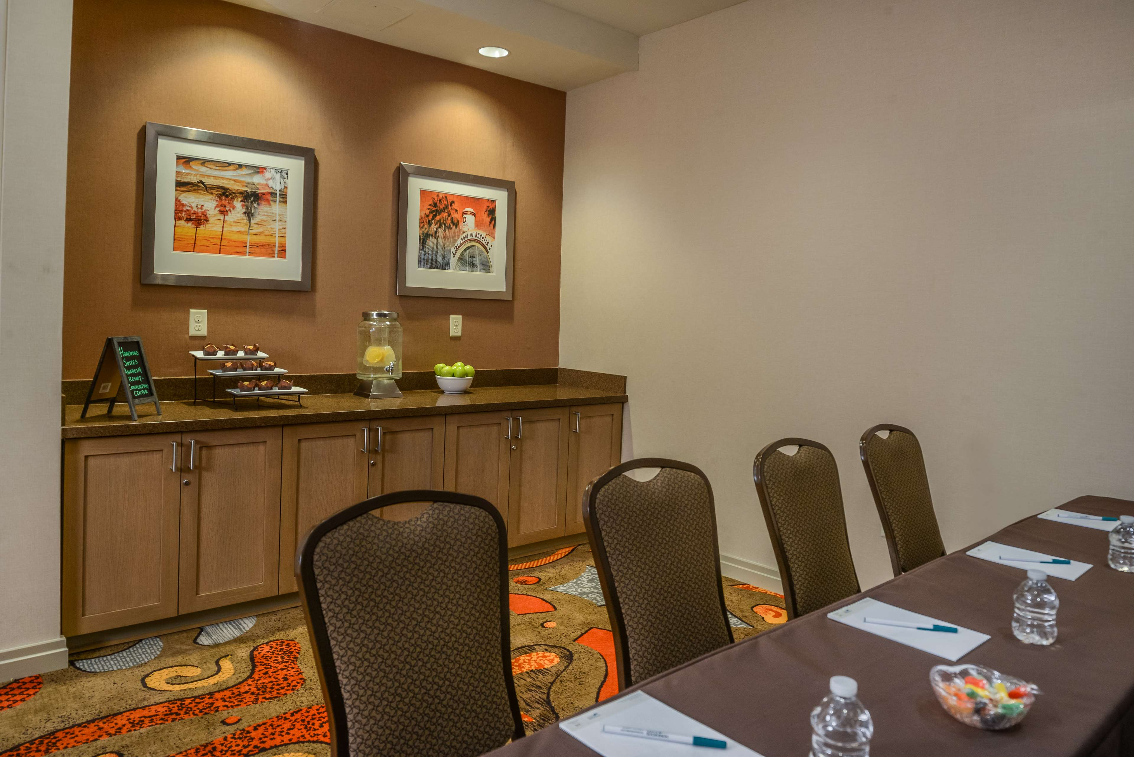 Homewood Suites by Hilton Anaheim Resort - Convention Center image 31