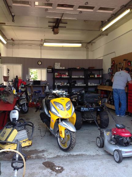 Jon 39 s small engine repair coupons near me in westerly for Motor repair near me