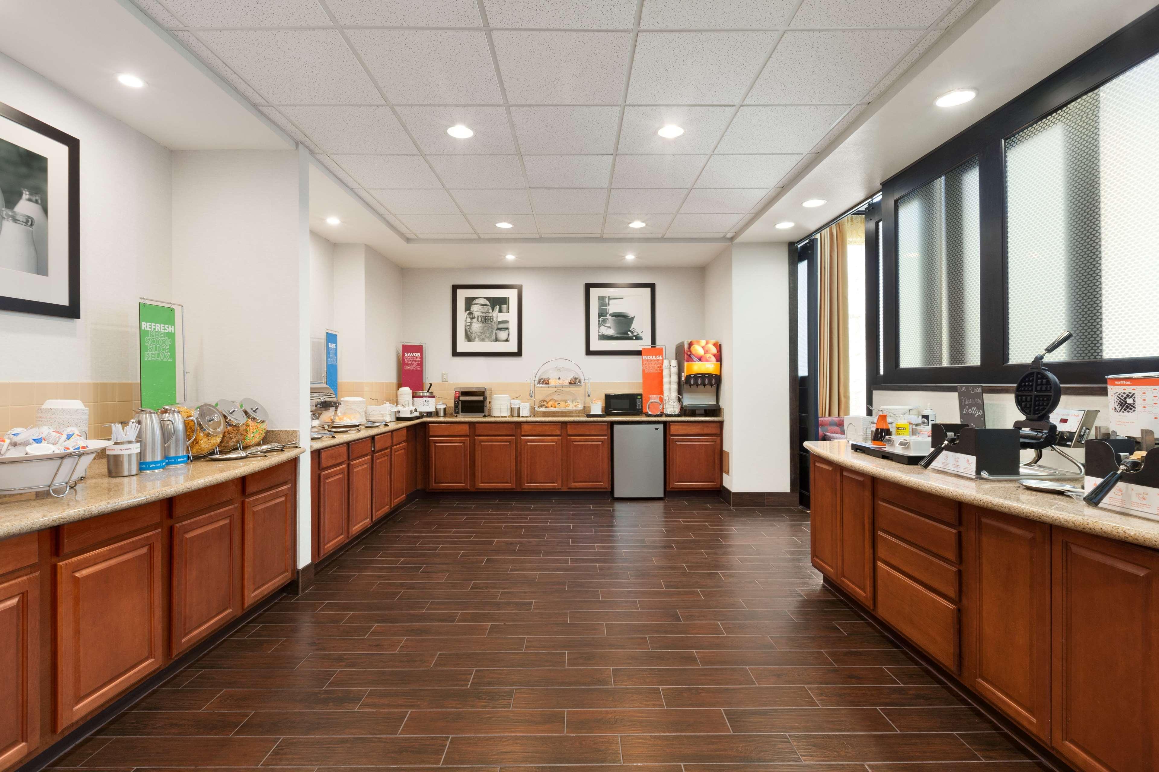 Hampton Inn & Suites Rohnert Park - Sonoma County image 6