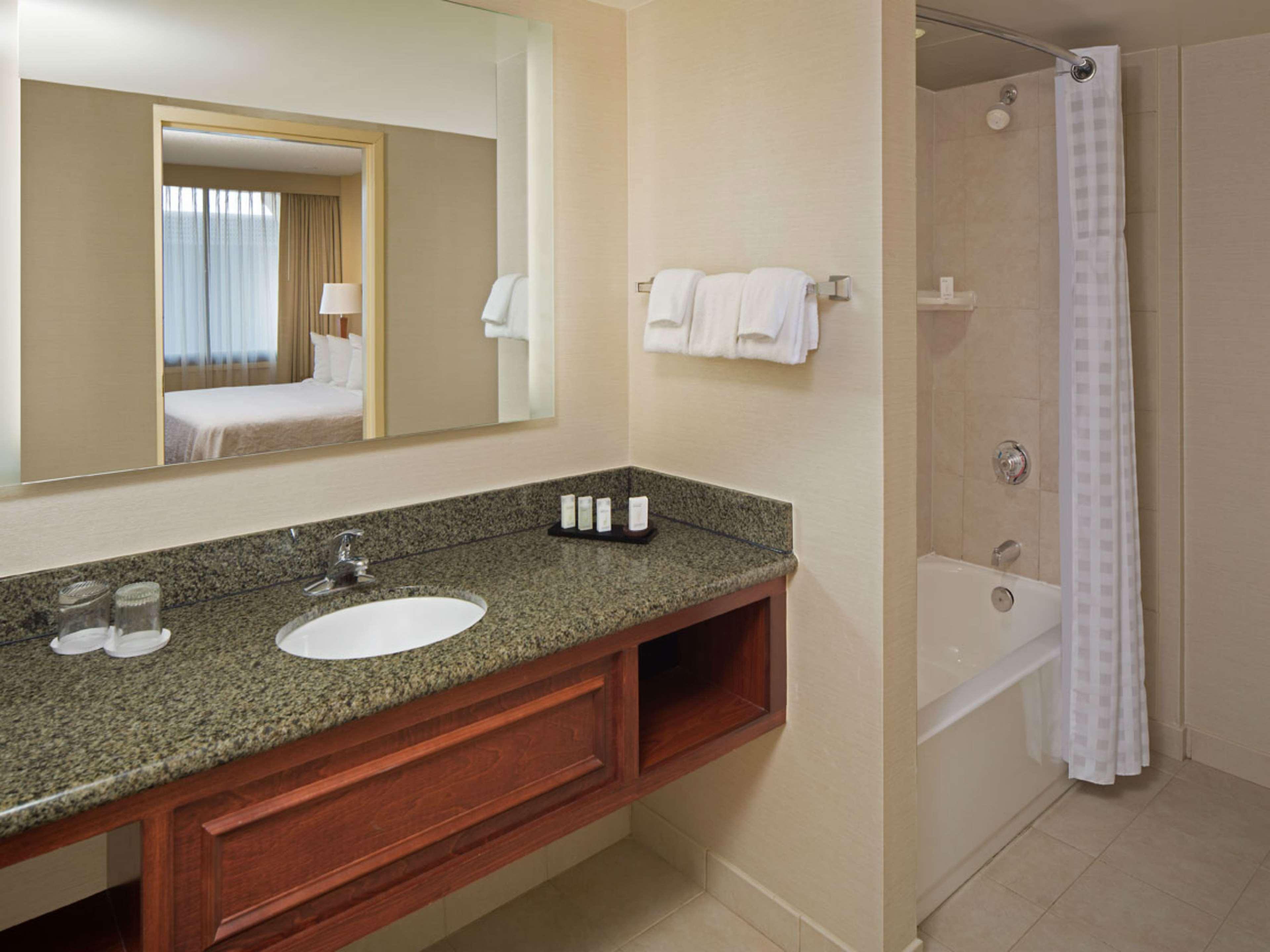 Embassy Suites by Hilton Winston Salem image 11