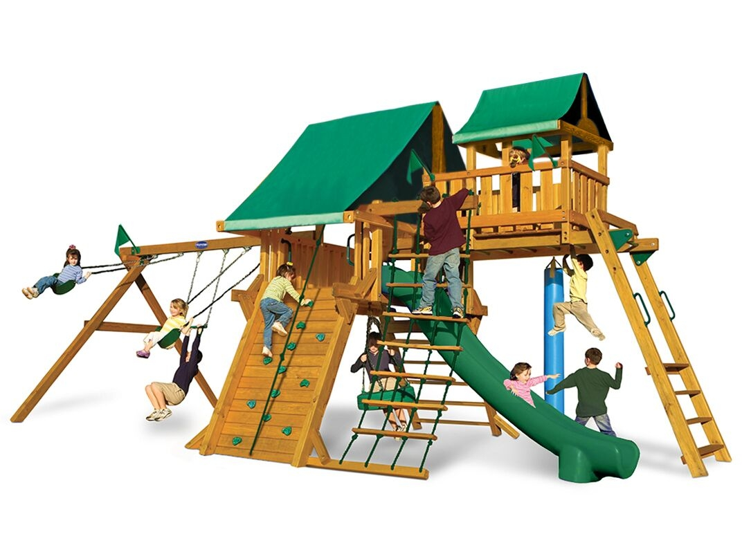 Outdoor Living and Play image 11