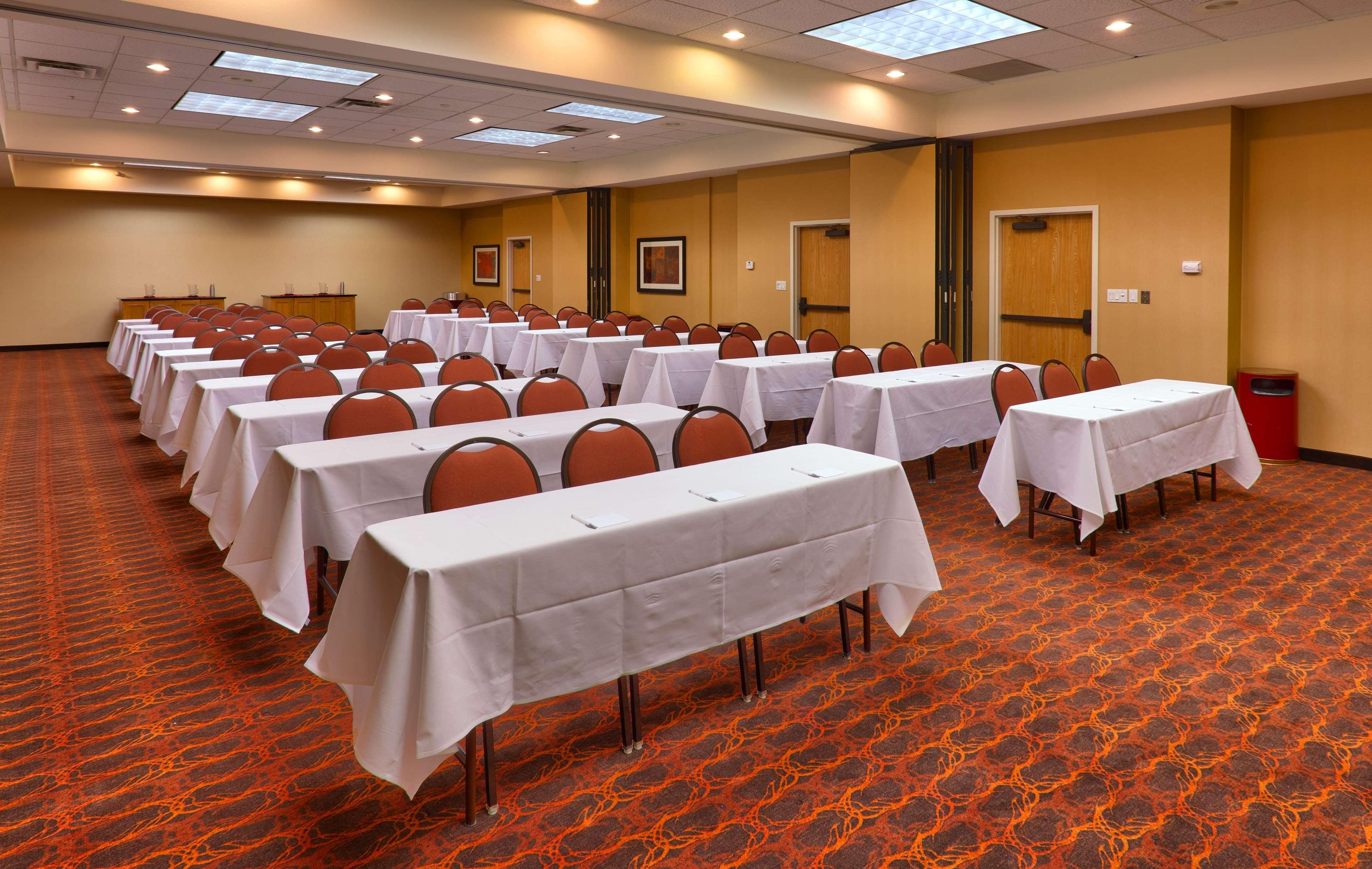 Hampton Inn & Suites Orem image 21
