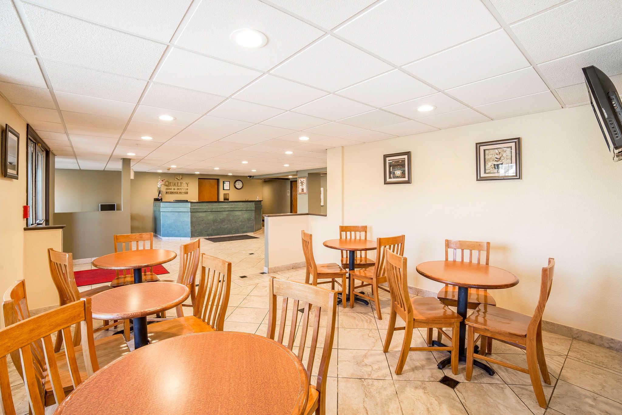 Quality Inn & Suites Elko image 28