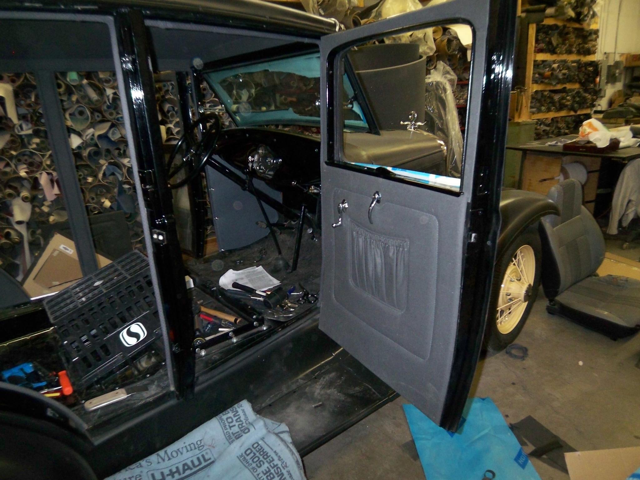Chinook Auto Upholstery Inc