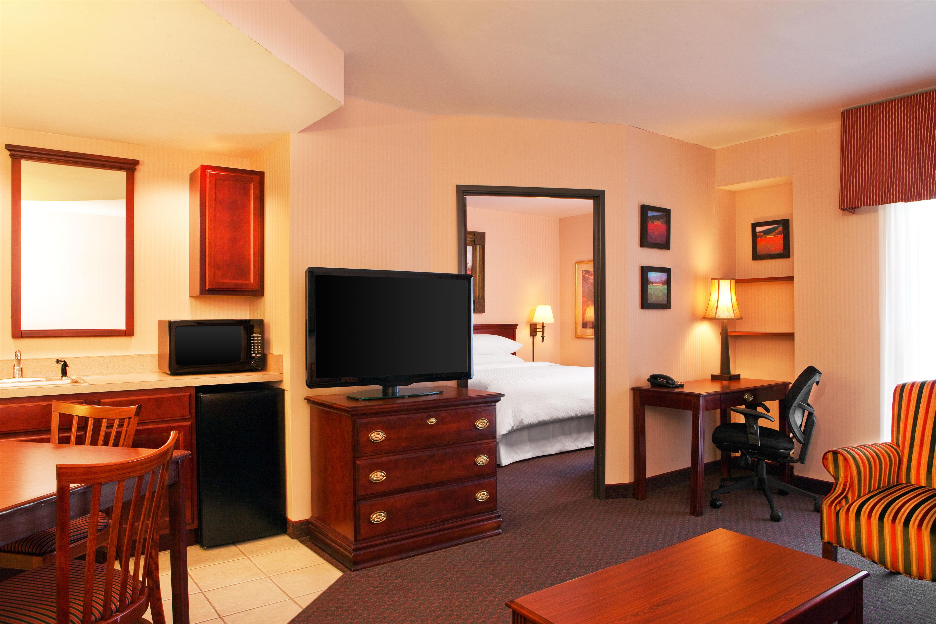 Four Points by Sheraton West Lafayette image 3