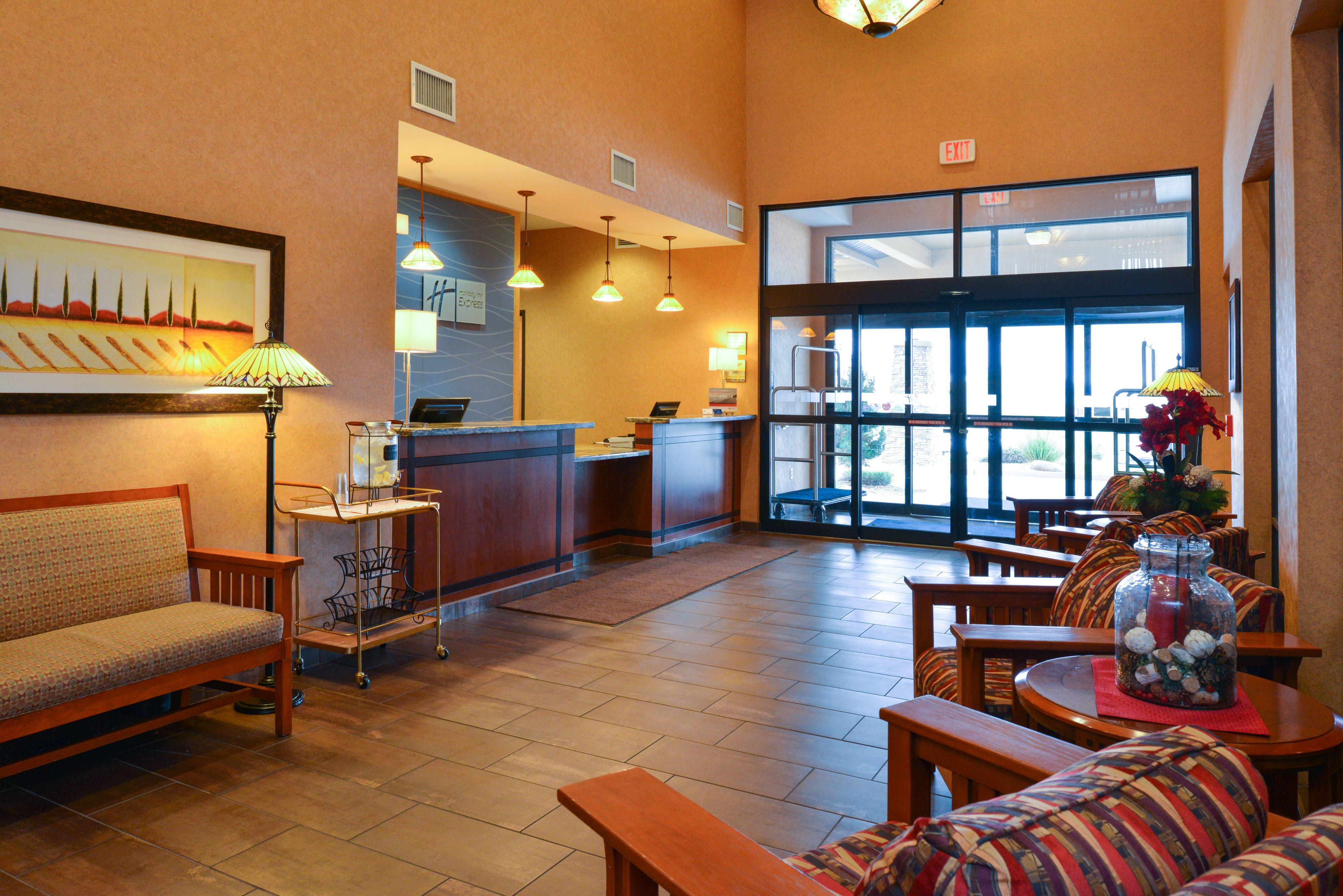 Holiday Inn Express & Suites St. George North - Zion image 6