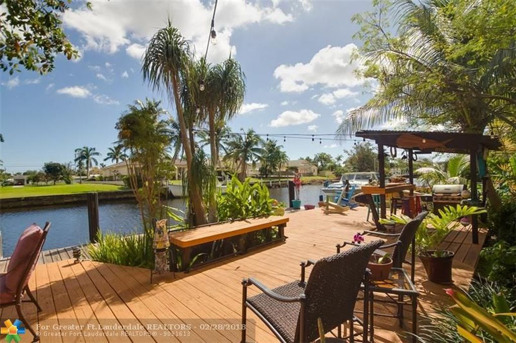 Eyvonne Kafouros | Coldwell Banker Residential Real Estate image 2