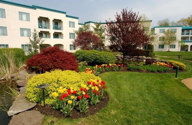 DoubleTree Suites by Hilton Hotel Mt. Laurel in Mount Laurel, NJ ...