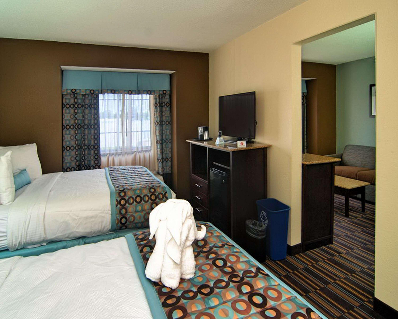 Best Western Plus Elizabeth City Inn & Suites image 38