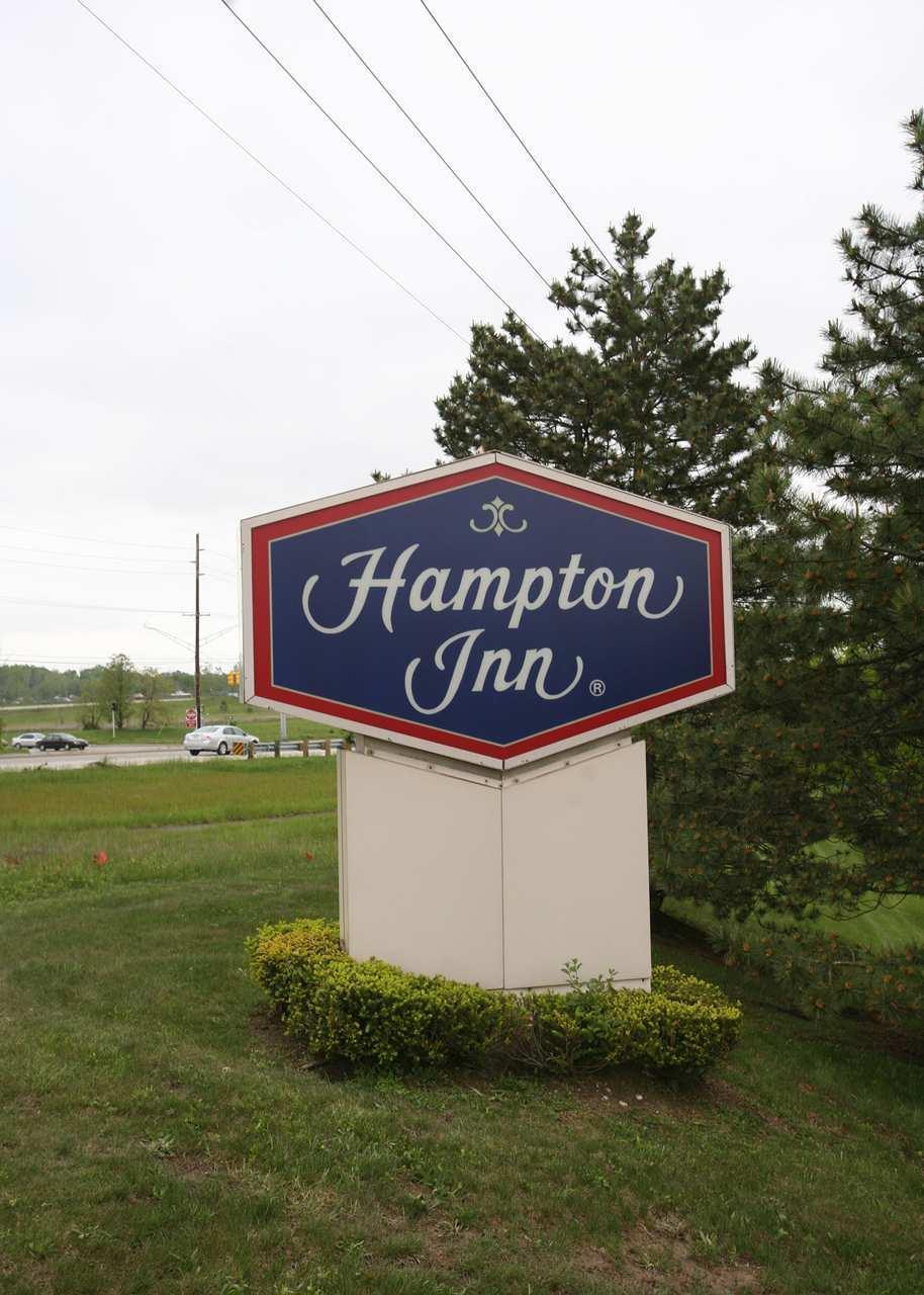 Hampton Inn Detroit/Northville image 32