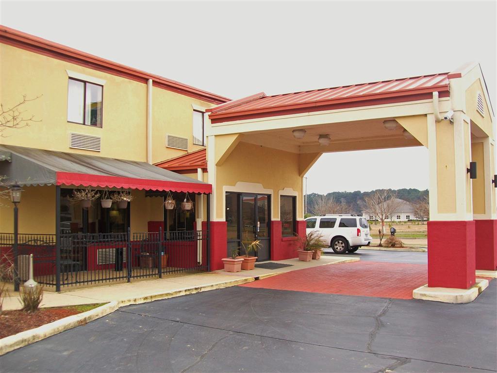 America's Best Inn & Suites - Flowood / Jackson Airport image 1