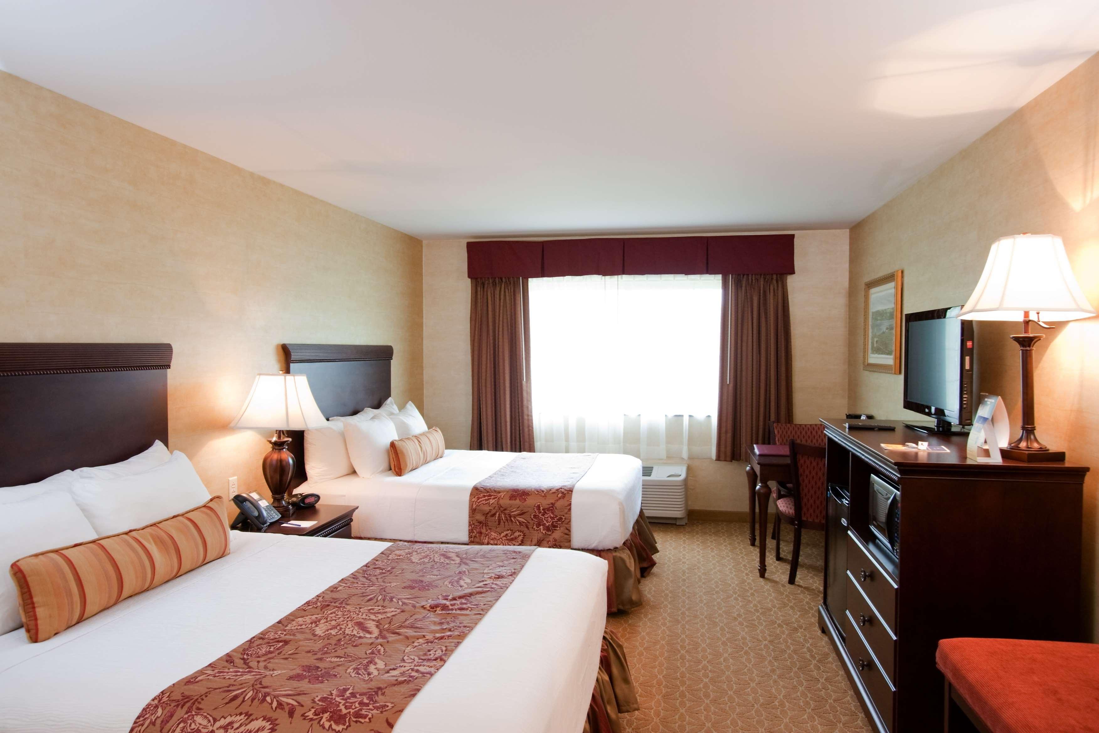 Best Western Plus Vineyard Inn & Suites image 3