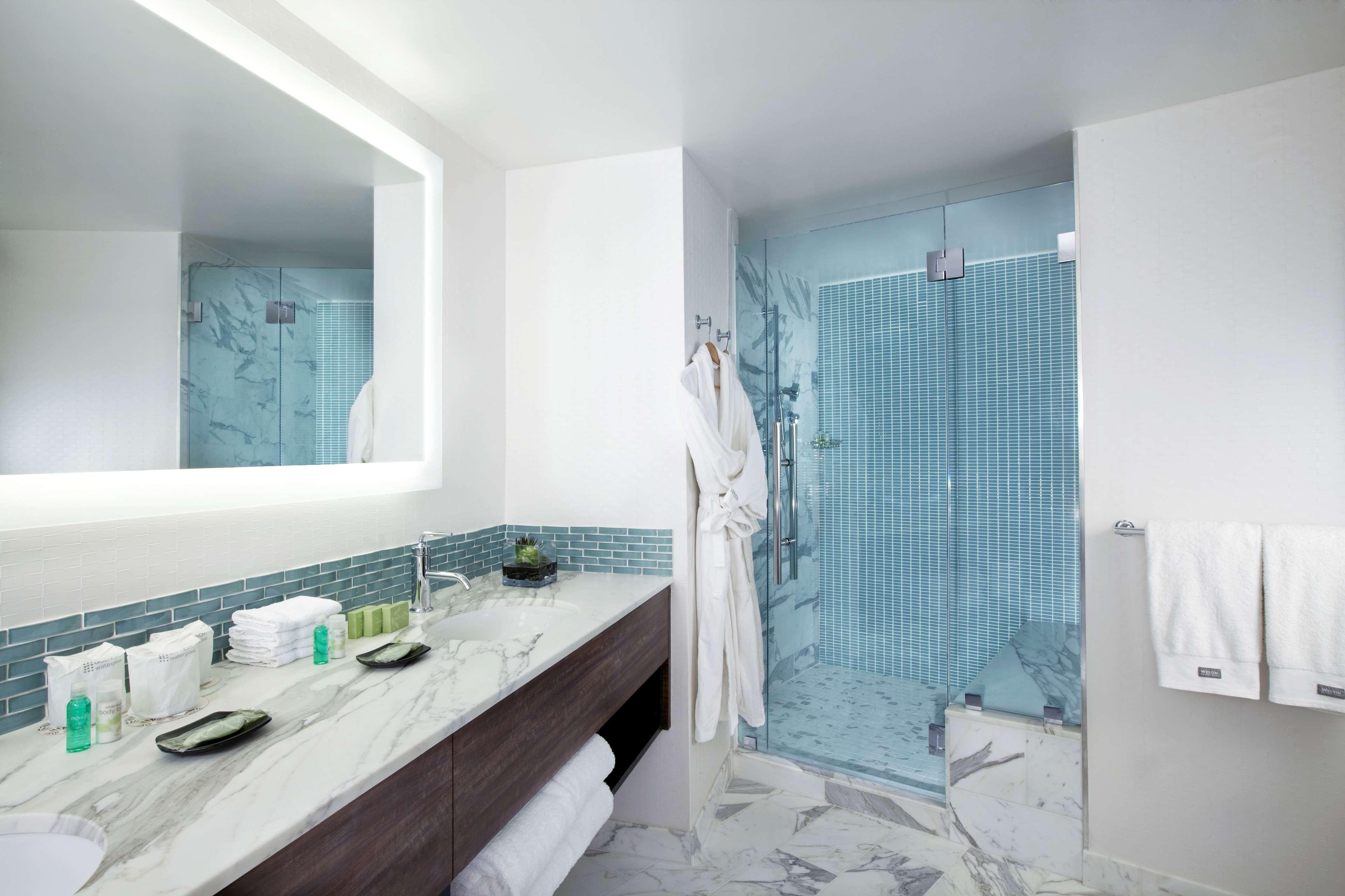 The Westin Bonaventure Hotel & Suites, Los Angeles image 21