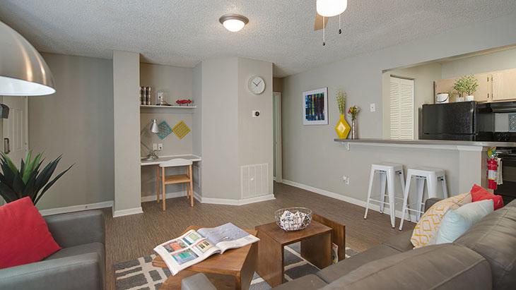 The Hub at Auburn Apartment Homes image 21
