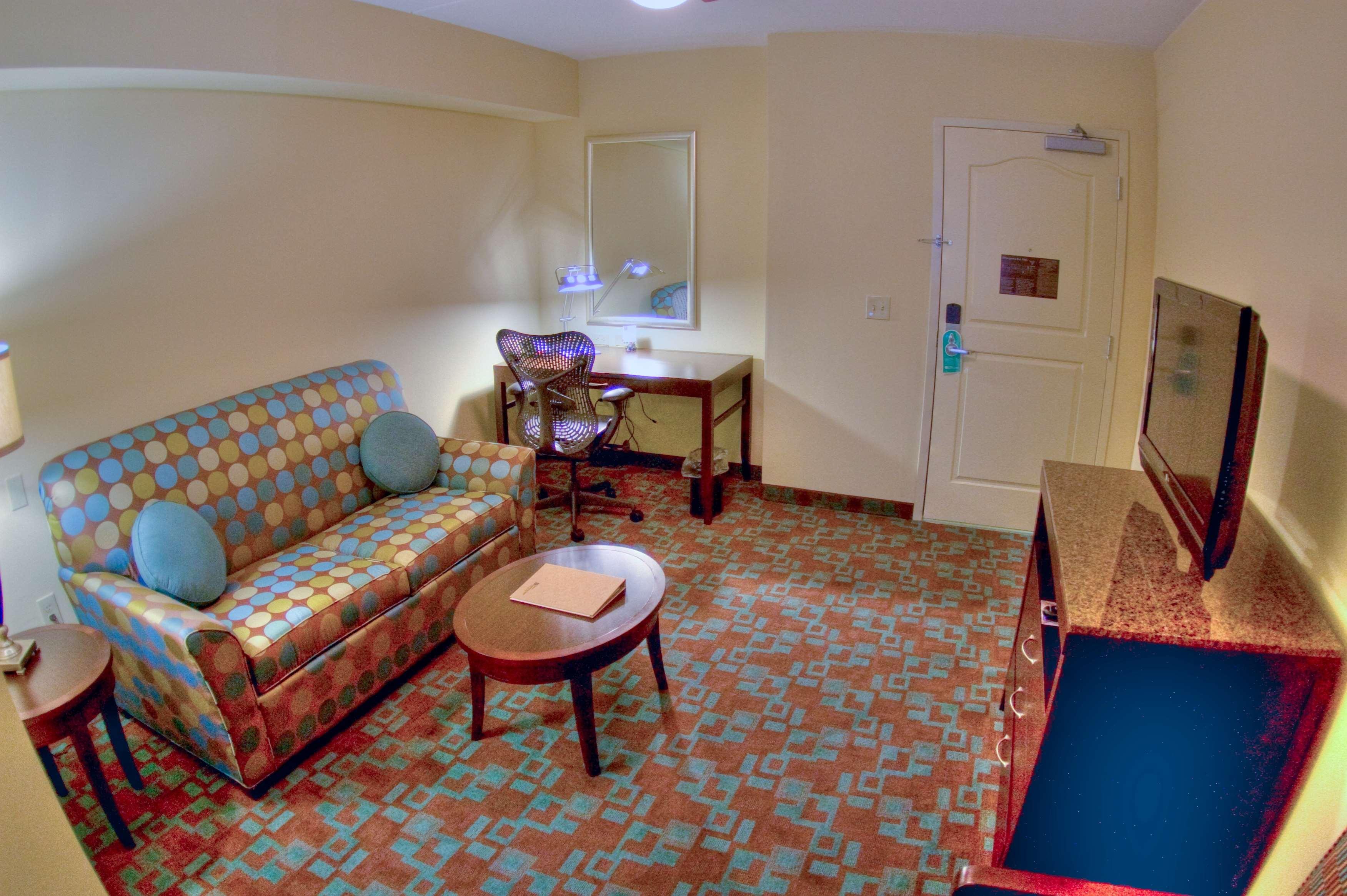Hilton Garden Inn Clarksville image 42